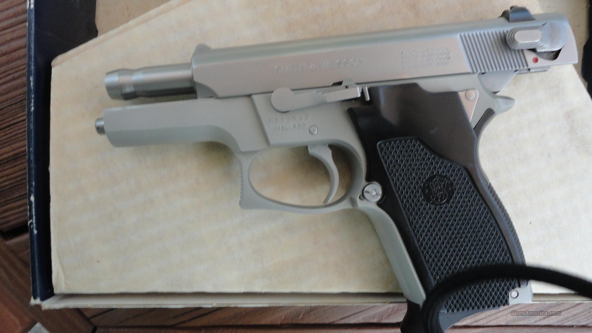 Smith Wesson Model 669  Guns > Pistols > Smith & Wesson Pistols - Autos > Steel Frame