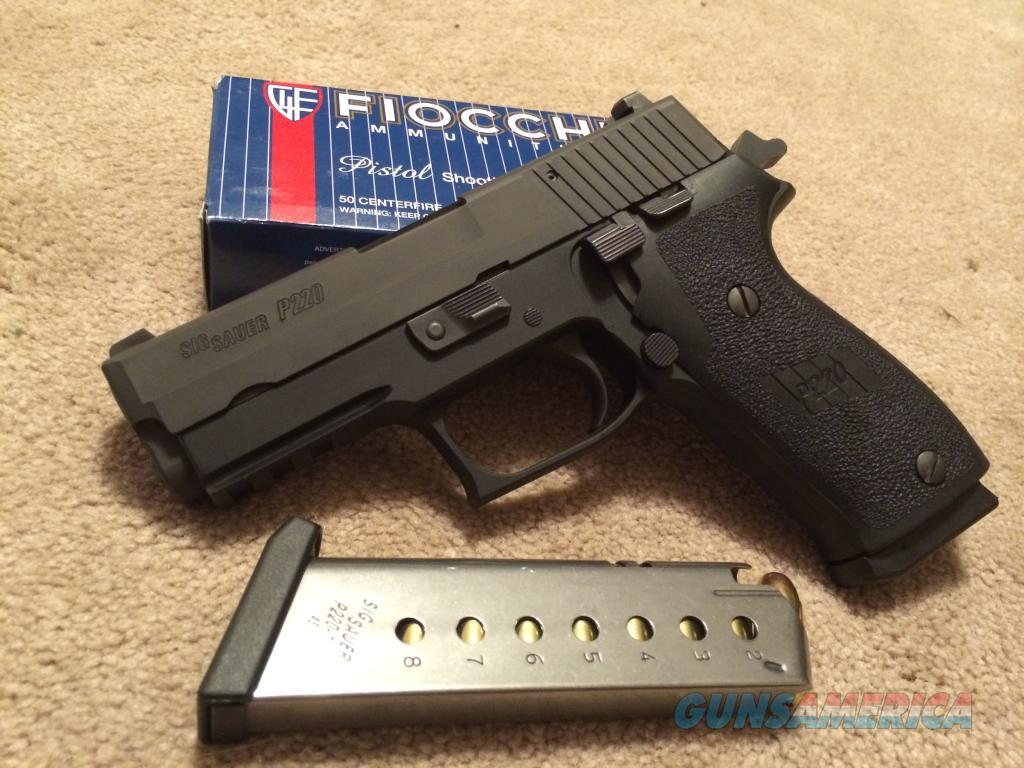 SIG P220 Carry .45 2 mags 1 box thru it FREE SHIPPING!  Guns > Pistols > Sig - Sauer/Sigarms Pistols > P220