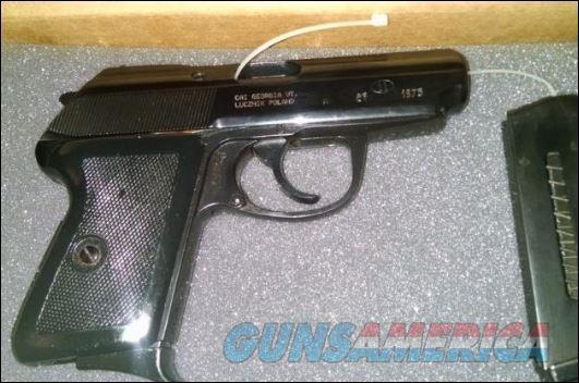 Polish Radom P-64   9mm Makarov (9x18) Like New- 2 Mags  Guns > Pistols > Para Ordnance Pistols