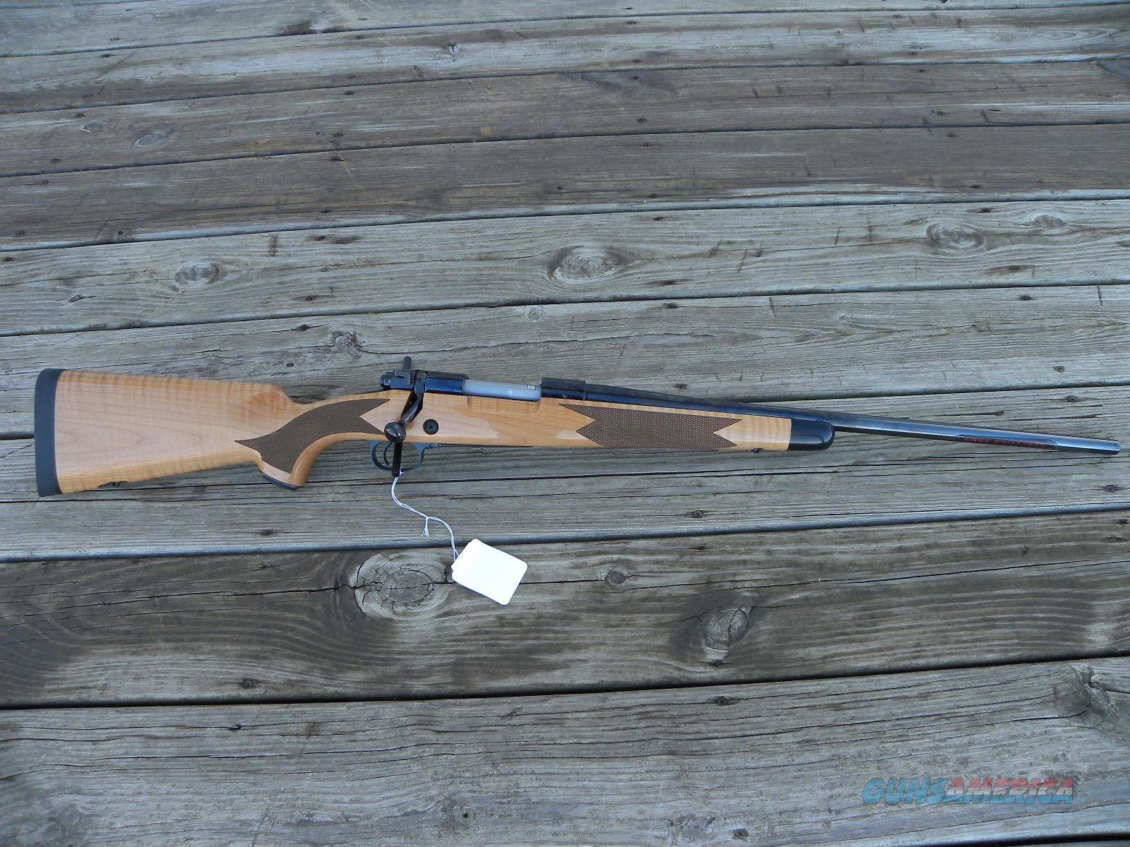 Winchester 70 Super Grade Maple .243 535218212  Guns > Rifles > Winchester Rifles - Modern Bolt/Auto/Single > Model 70 > Post-64