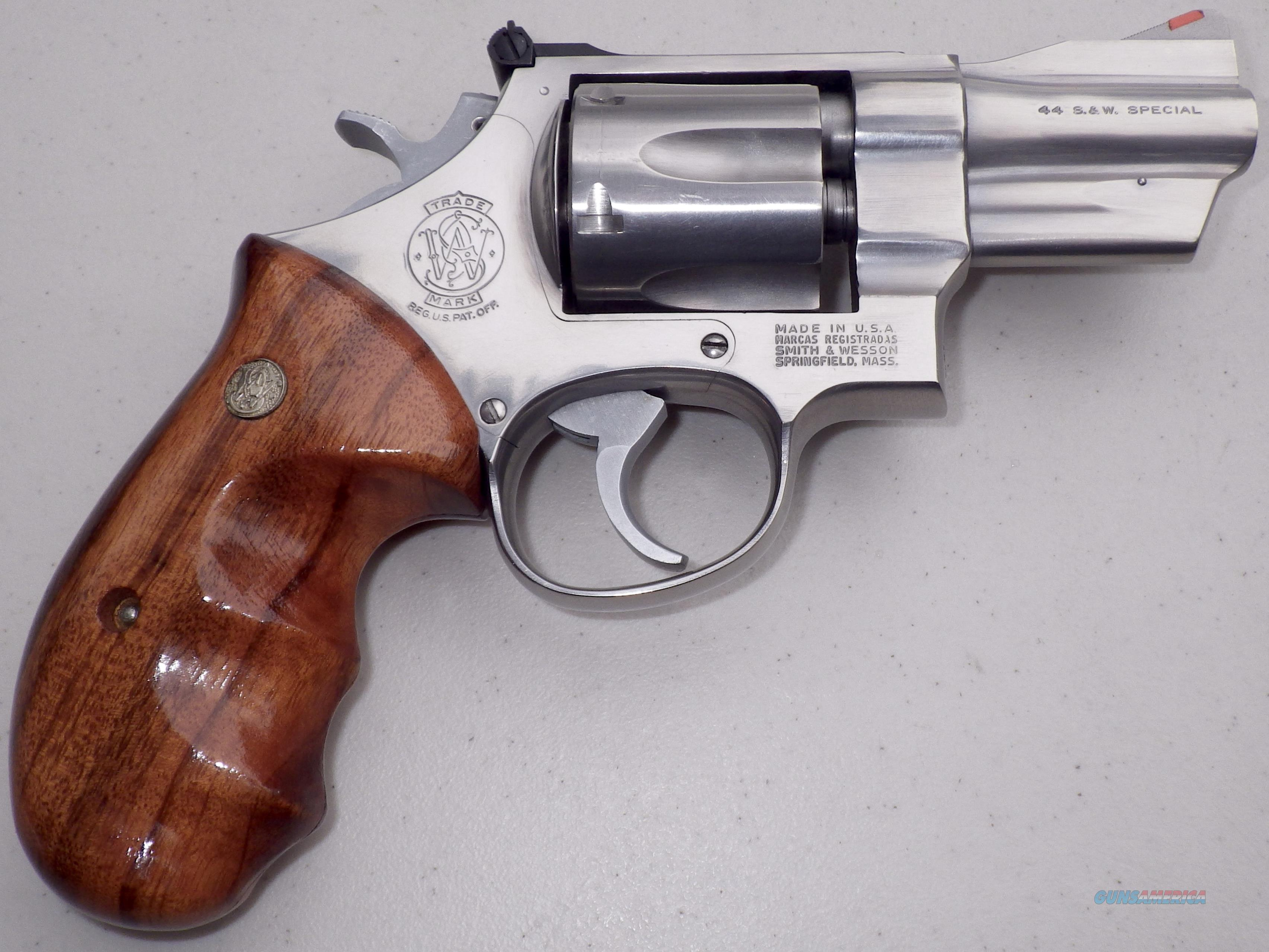 S&W Model 624 .44 Special, 2 7/8-inch barrel, round butt, unfired,   Guns > Pistols > Smith & Wesson Revolvers > Full Frame Revolver