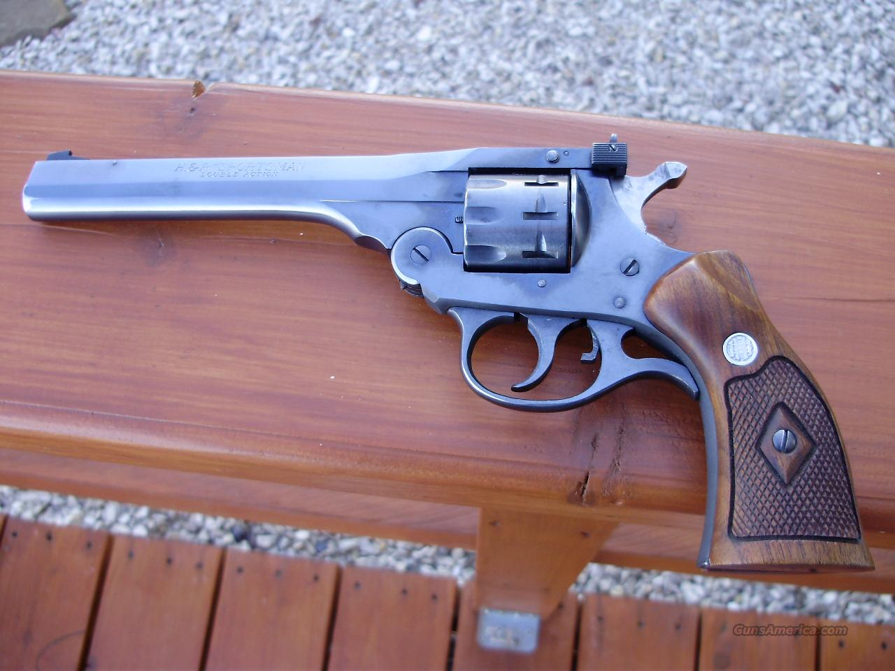 H&R SPORTSMAN DOUBLE ACTION .22 LR 9 SHOT REVOLVER  Guns > Pistols > Harrington & Richardson Pistols