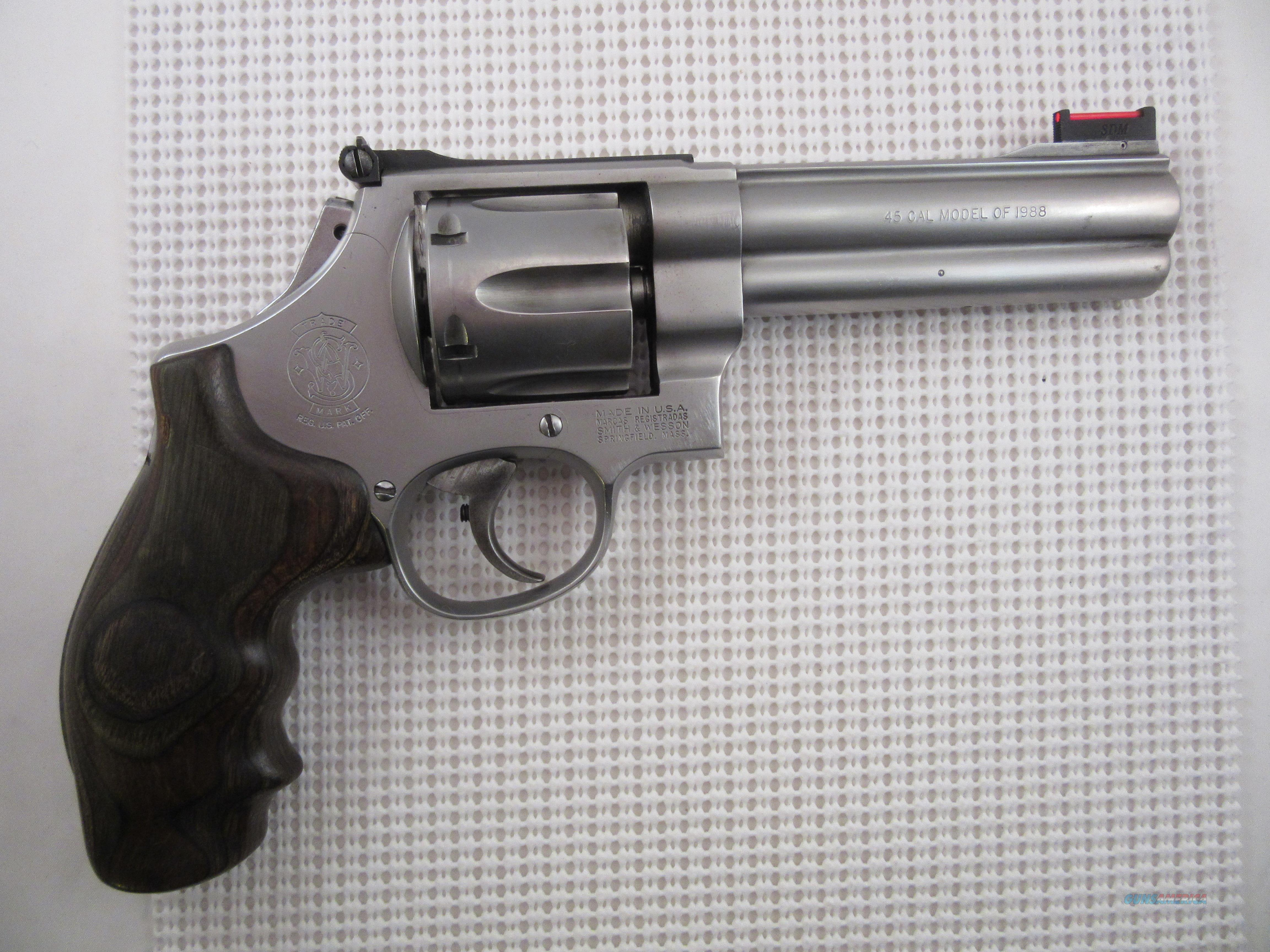 S&W 625 Revolver with Belt, Holster, Moon Clips & more  Guns > Pistols > Smith & Wesson Revolvers > Full Frame Revolver