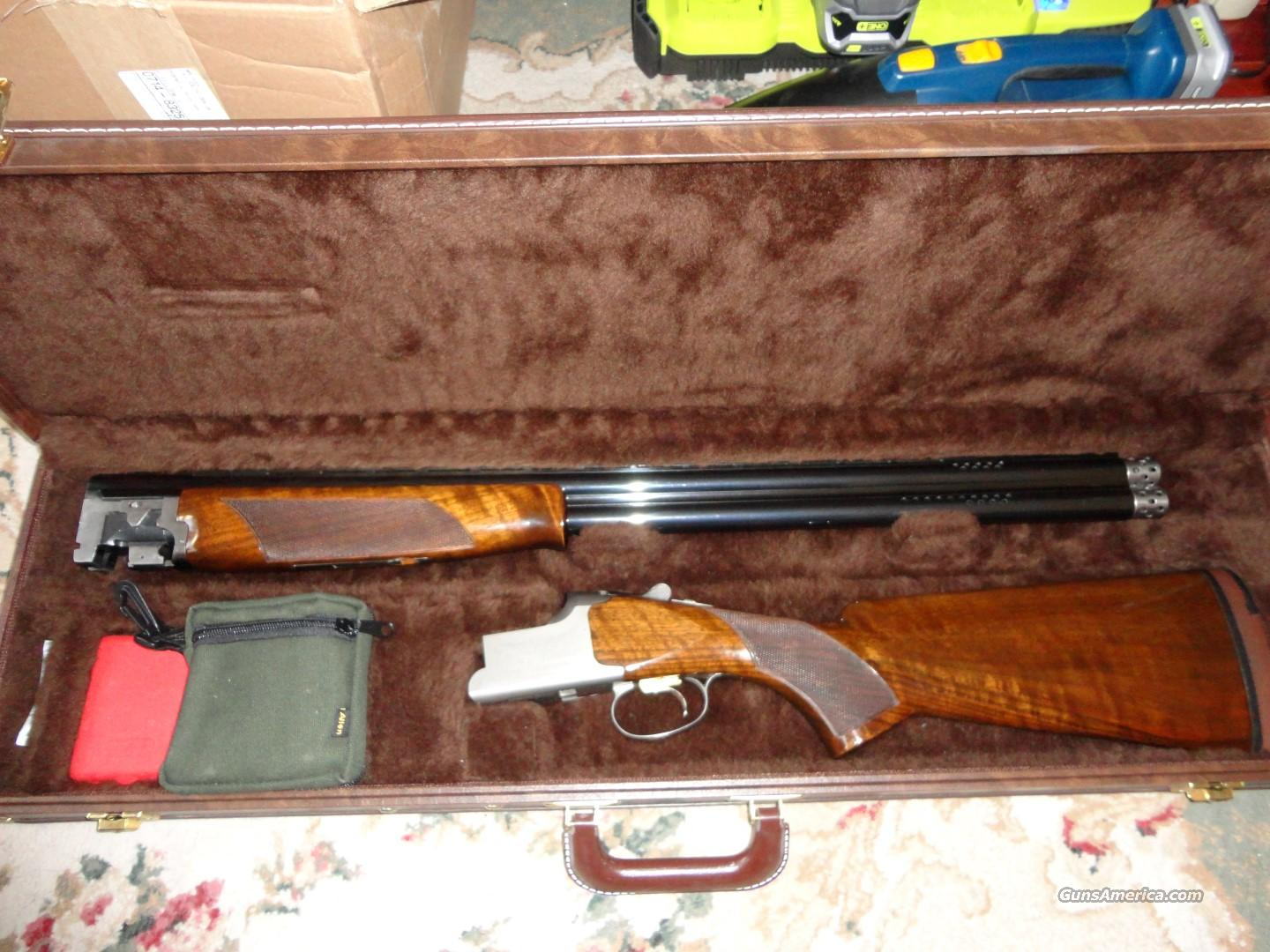 Browning Citori 425 12G O/U w/case  Guns > Shotguns > Browning Shotguns > Over Unders > Citori > Trap/Skeet