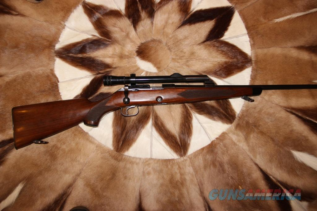 Winchester 52B Sporter 1948 rare   Guns > Rifles > Winchester Rifles - Modern Bolt/Auto/Single > Other Bolt Action