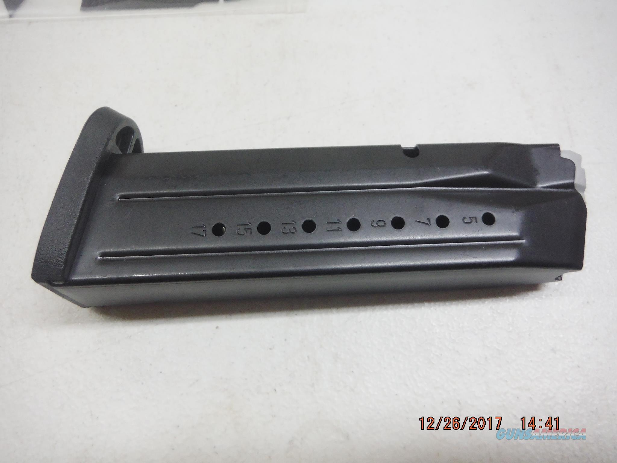 Smith & Wesson M&P 9mm Magazine 17Rd New OEM M&P9  Non-Guns > Magazines & Clips > Pistol Magazines > Smith & Wesson