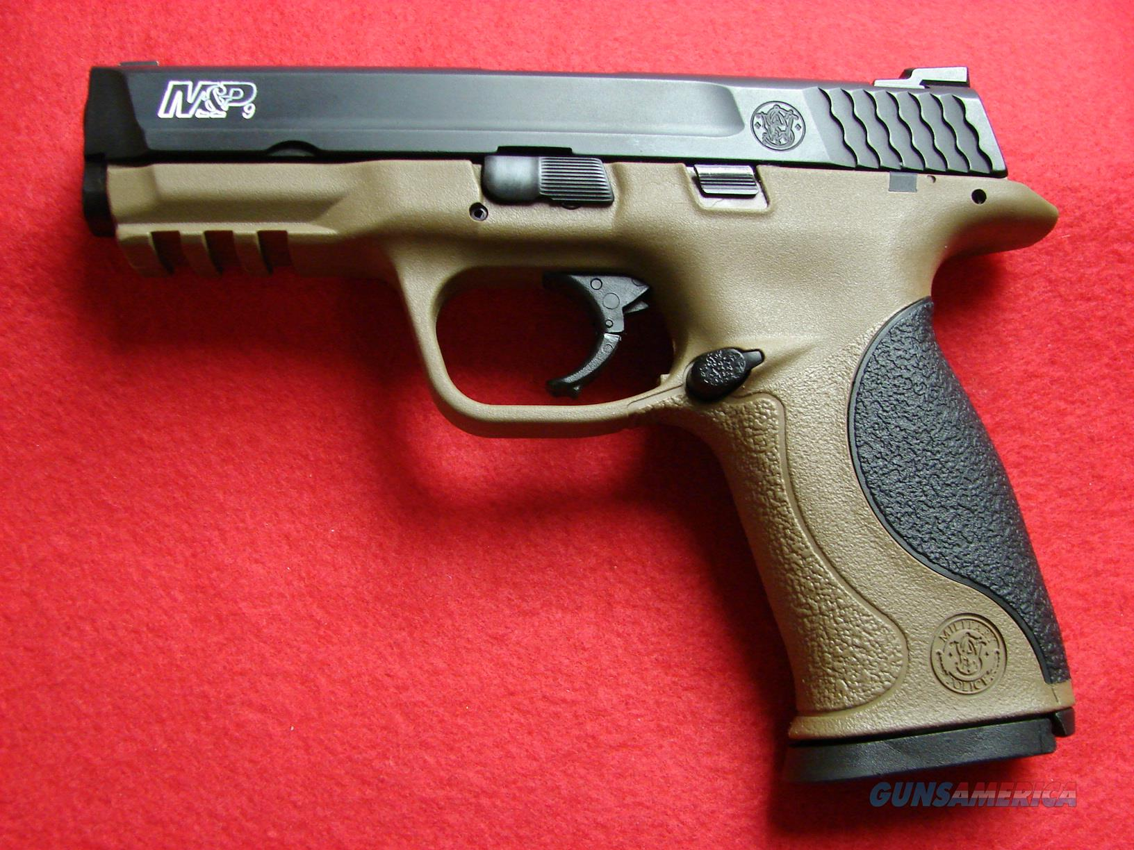 "Smith & Wesson M&P - 9mm - w/Full Dark Earth Frame/Black Slide - 17rd - 'Like New""  Guns > Pistols > Smith & Wesson Pistols - Autos > Alloy Frame"
