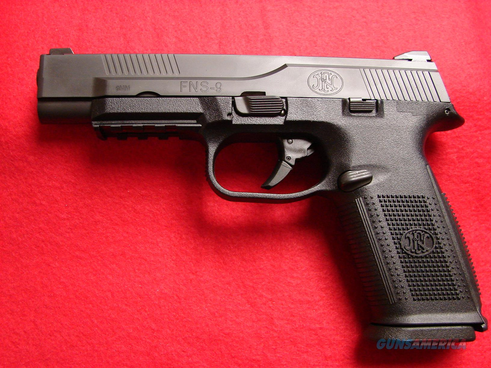 "FN - FNS 9 - 9mm - ""Target Long Slide"" 17rd - 3-mags - Black - NIB  Guns > Pistols > FNH - Fabrique Nationale (FN) Pistols > FNS"