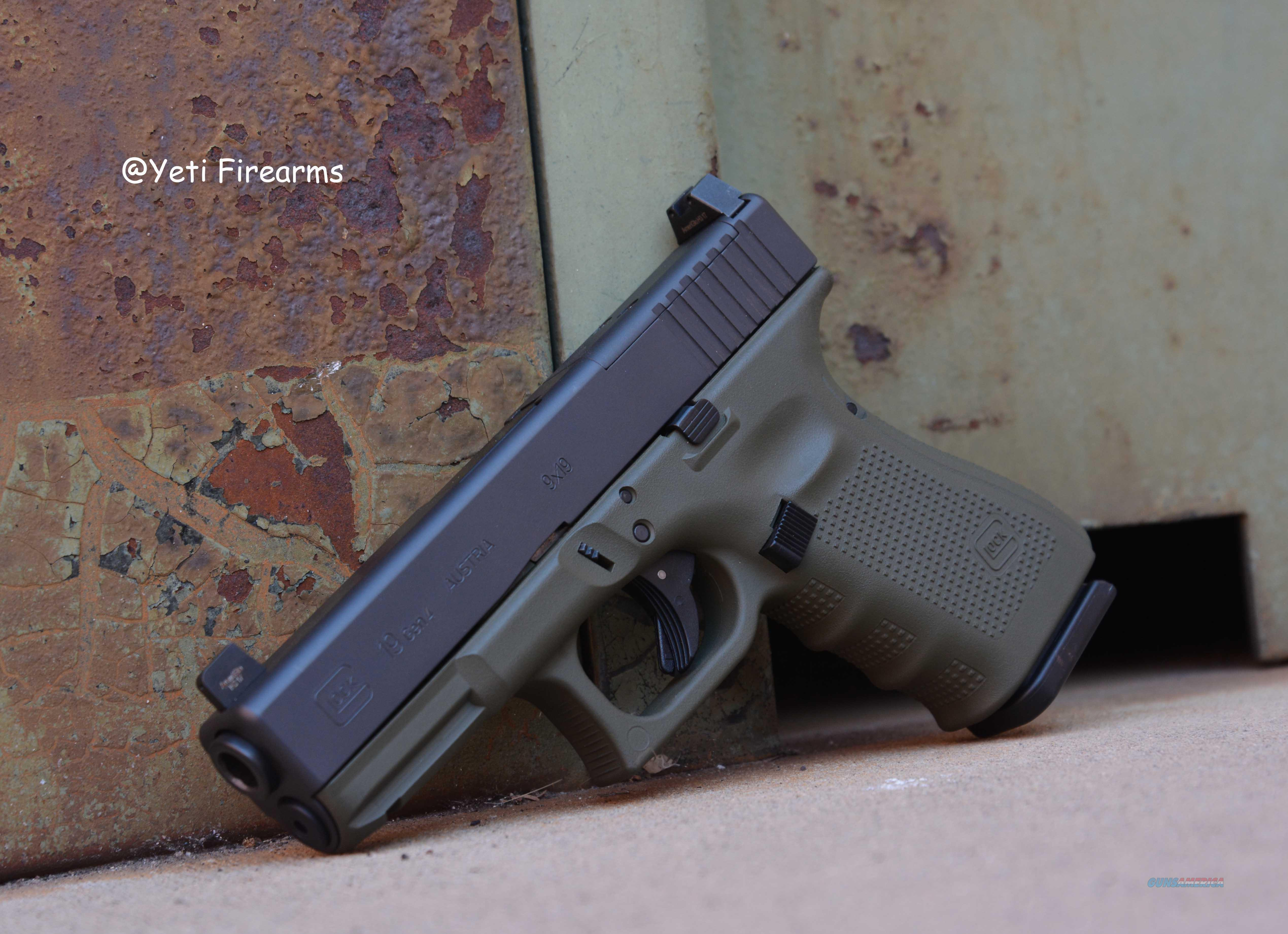 Glock 19 G4 MOS 9mm Olive Drab Frame W/ NS 15rnd  Guns > Pistols > Glock Pistols > 19/19X