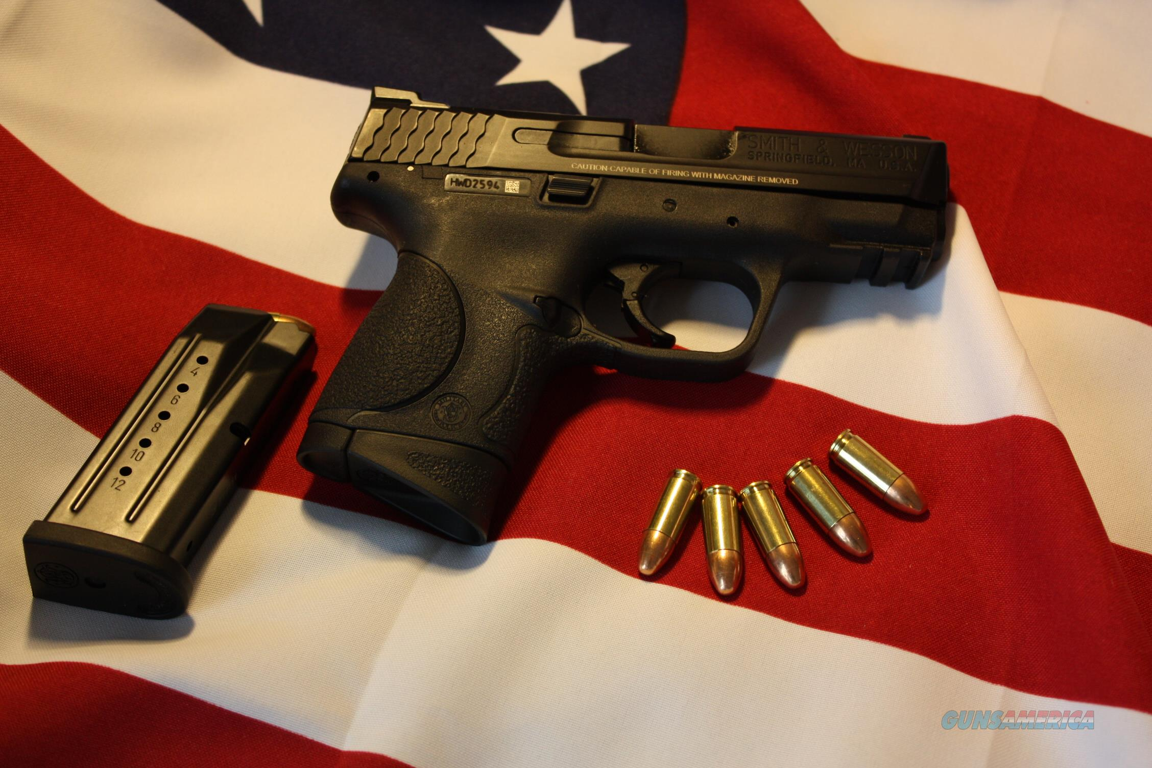 Smith and Wesson 209304 M&P 9MM 12RD w/2 mags and Factory Lifetime Warranty  Guns > Pistols > Smith & Wesson Pistols - Replica
