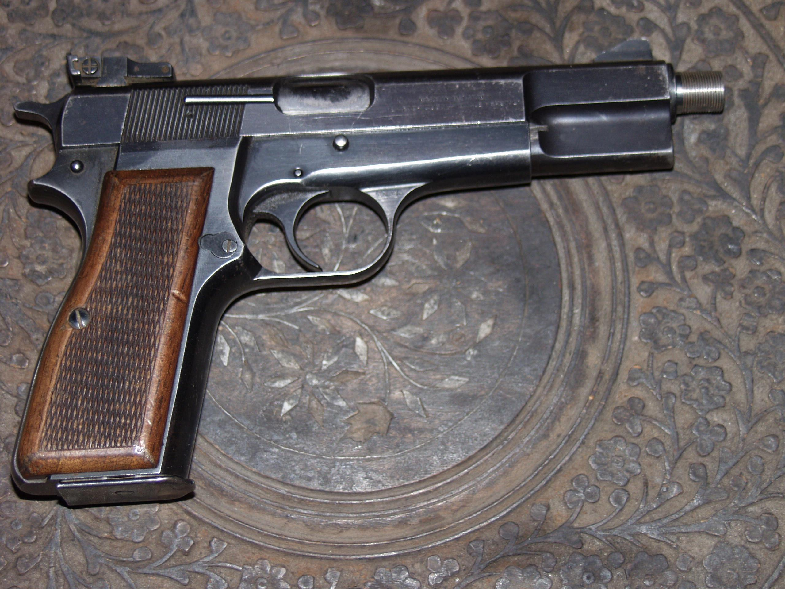 BROWNING HI-POWER  Guns > Pistols > Browning Pistols > Hi Power