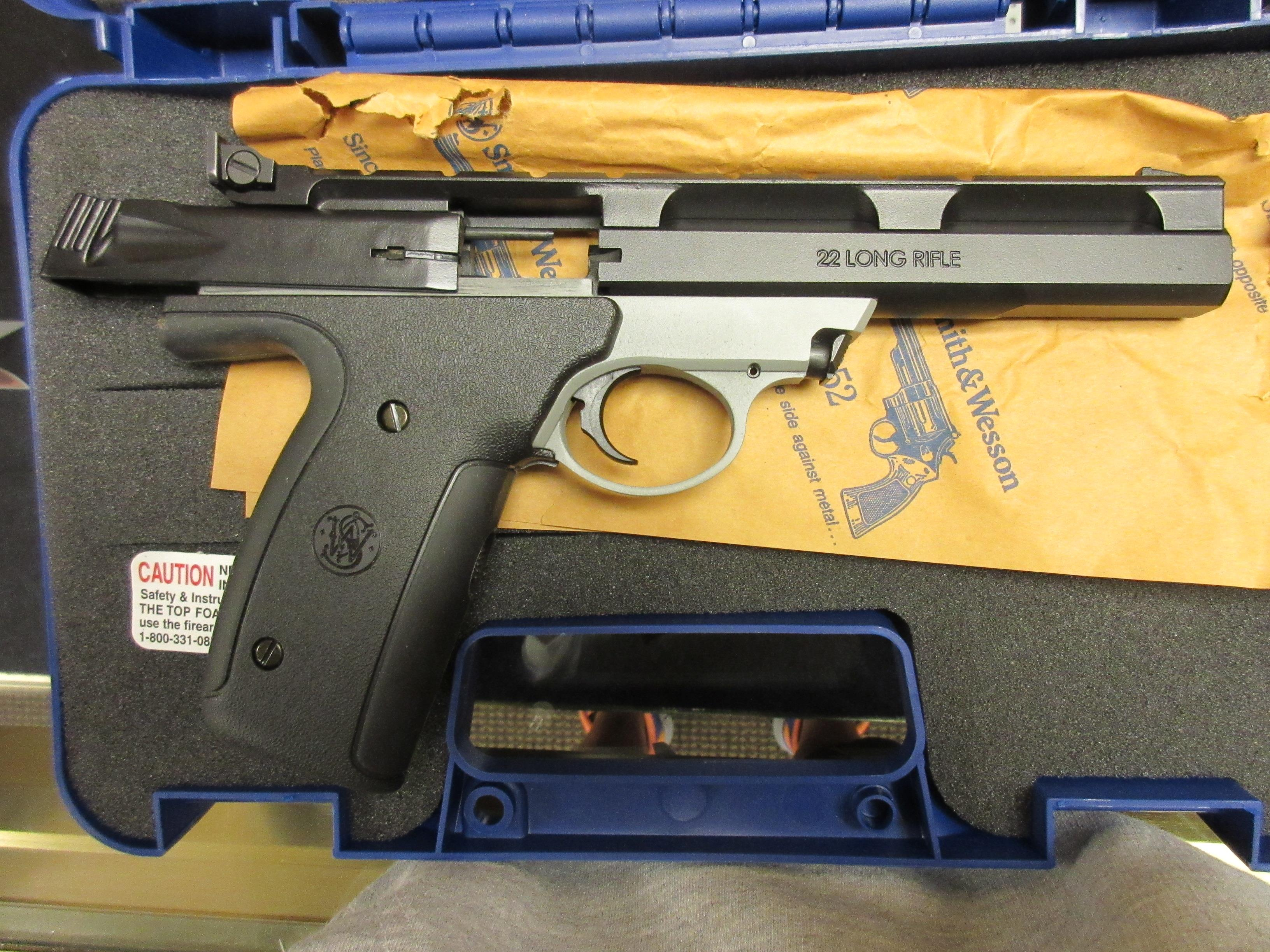 USED SMITH & WESSON .22lr SPORTS SERIES   Guns > Pistols > Smith & Wesson Pistols - Autos > Polymer Frame