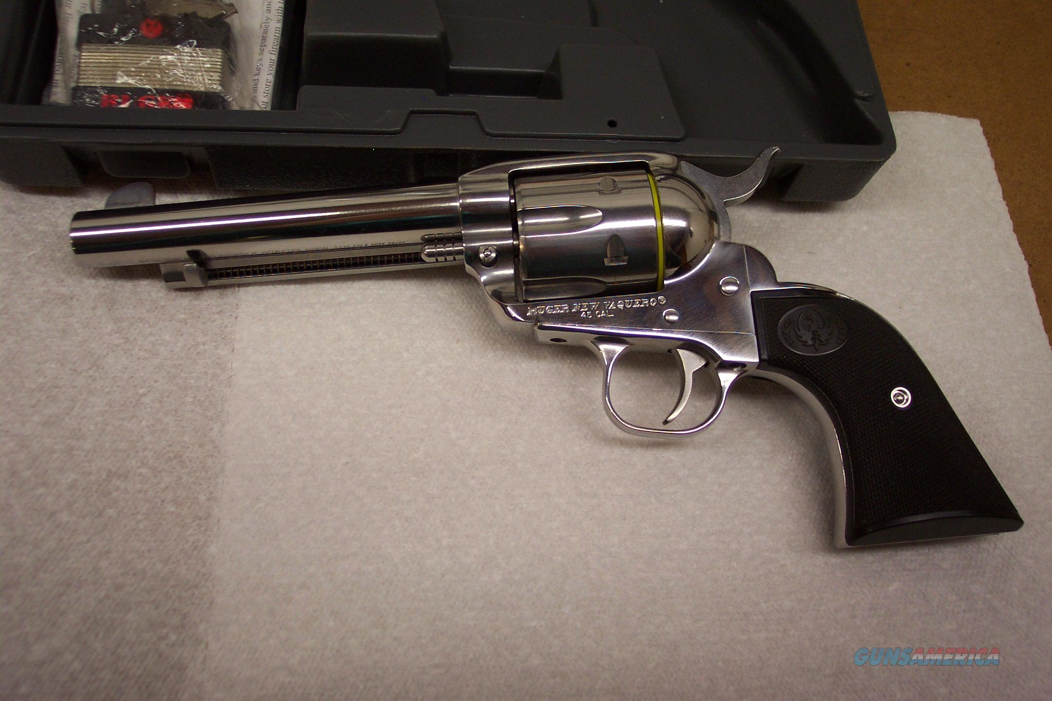 RUGER NEW VAQUERO SS, 45 COLT  5 1/2 IN BBL  Guns > Pistols > Ruger Single Action Revolvers > Cowboy Action