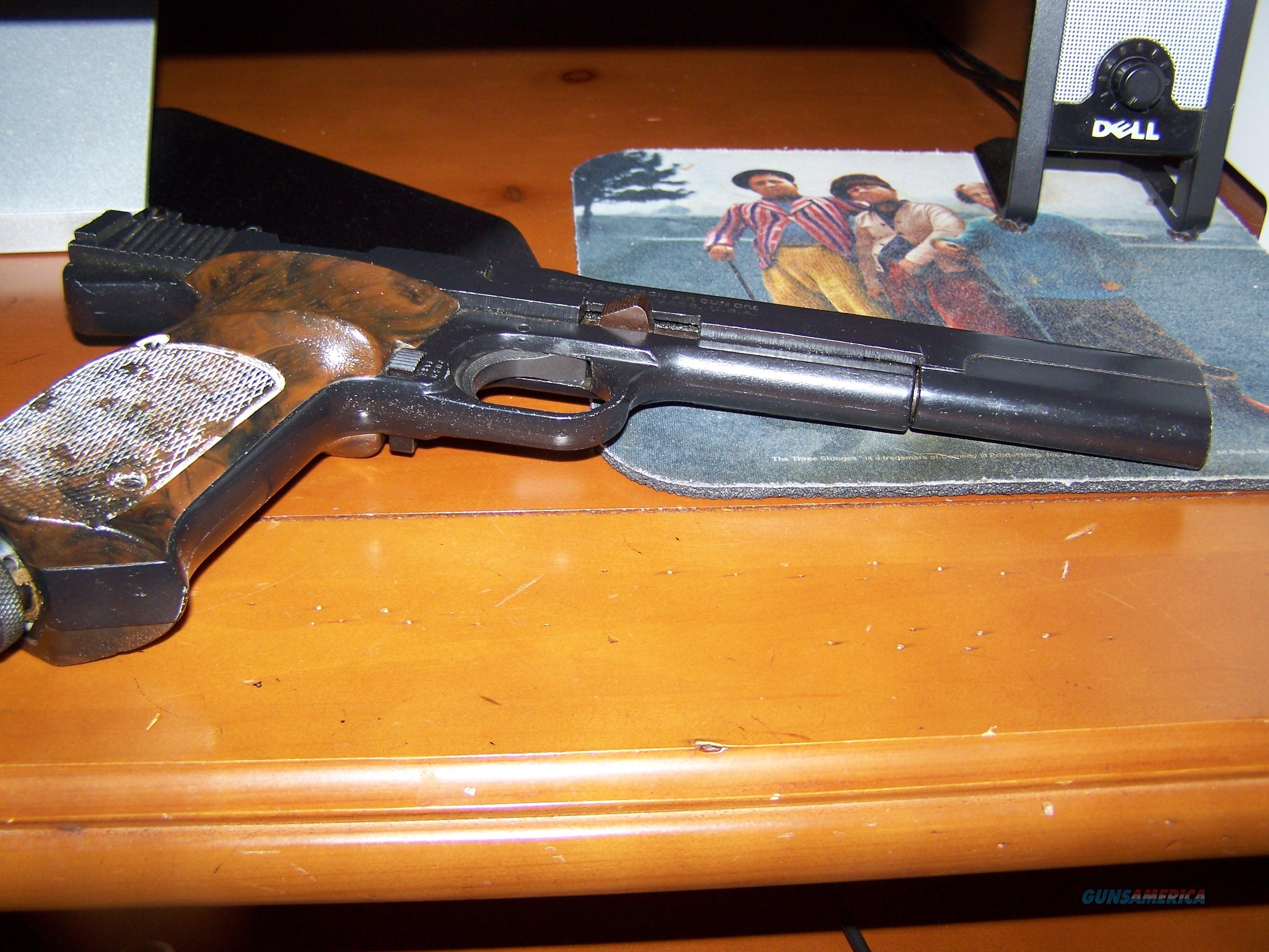 Smith & Wesson .22 cal pistol old model  Non-Guns > Air Rifles - Pistols > CO2 Pistol