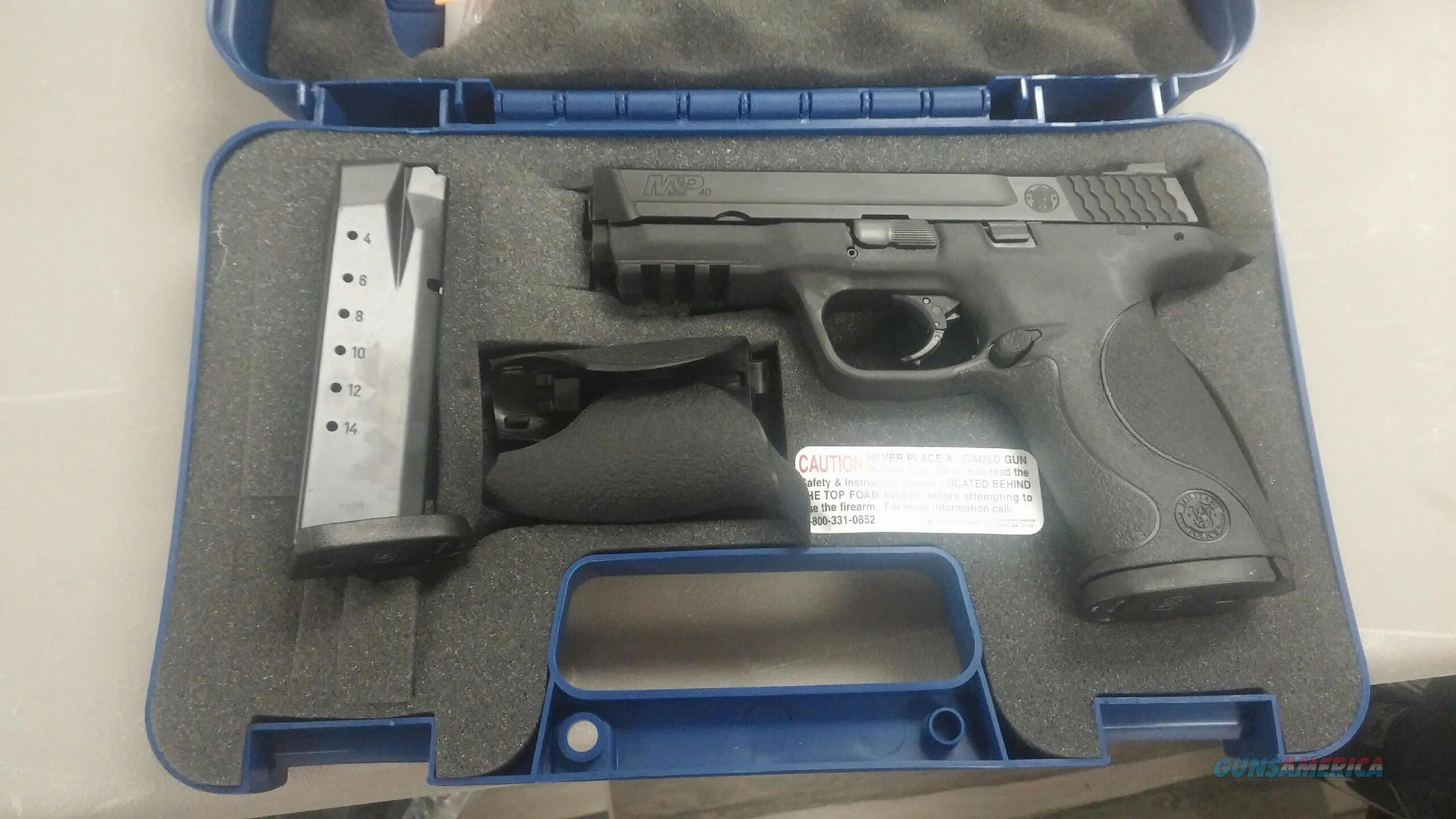 Smith & Wesson M&P40 .40 S&W  Guns > Pistols > Smith & Wesson Pistols - Autos > Polymer Frame