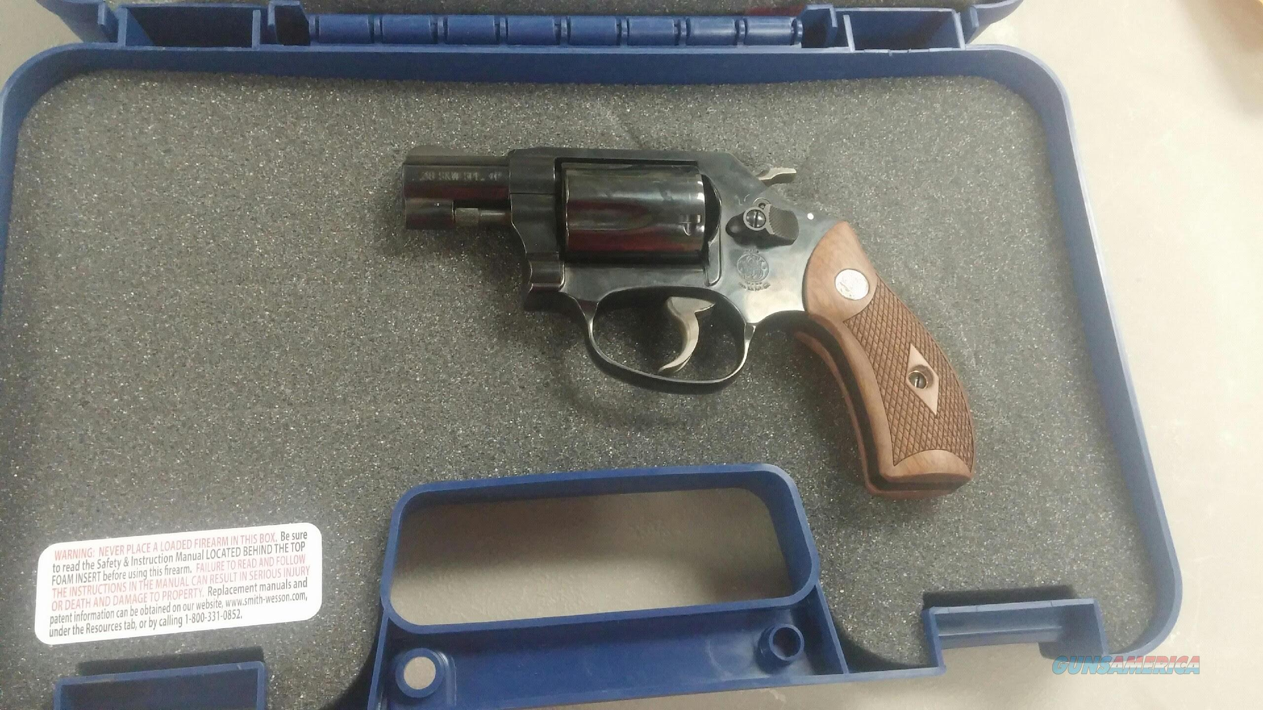 S&W Model 36 .38 Special  Guns > Pistols > Smith & Wesson Revolvers > Small Frame ( J )