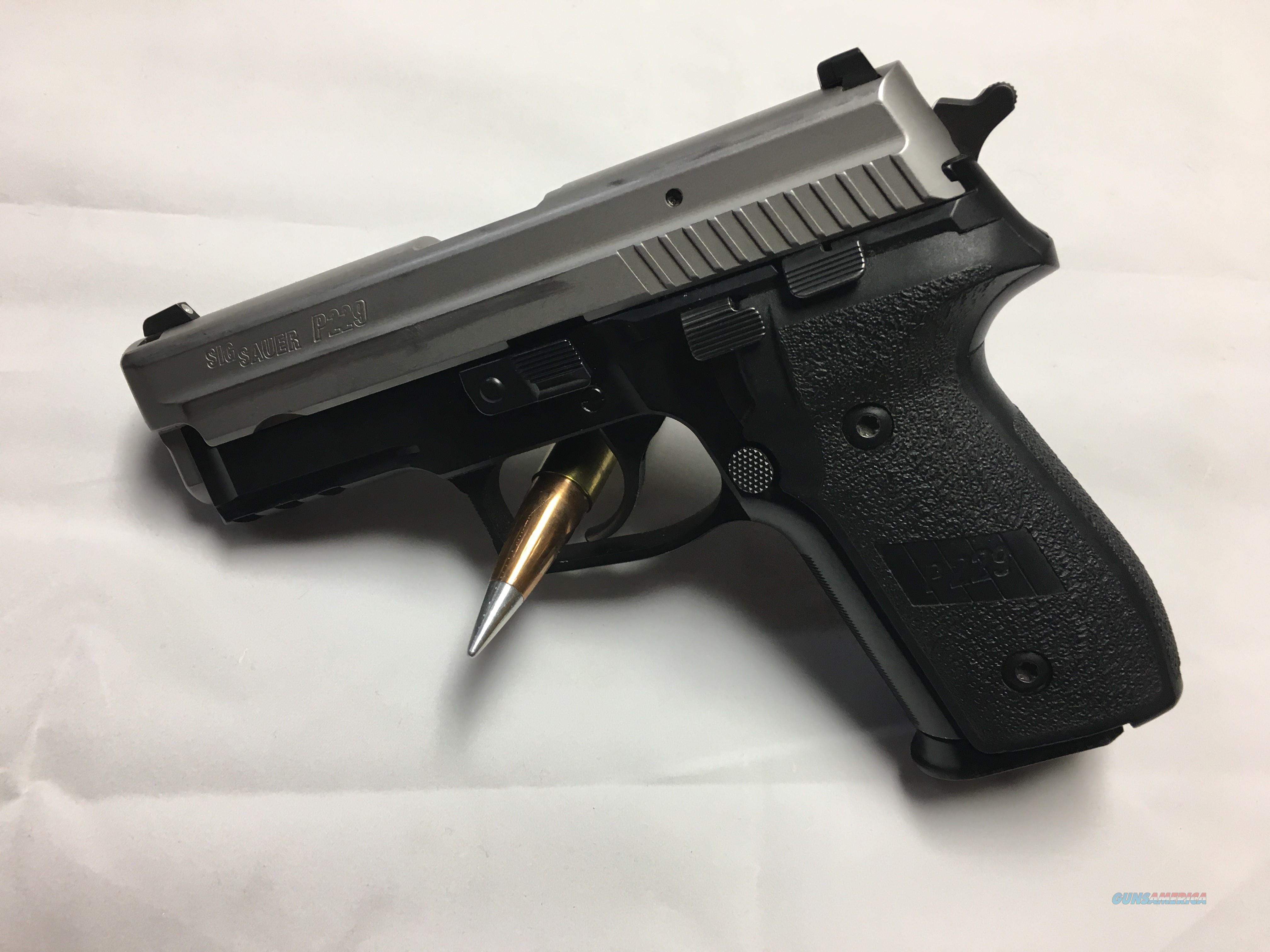 Used Sig Sauer P229 Two Tone 40 S&W   Guns > Pistols > Sig - Sauer/Sigarms Pistols > P229