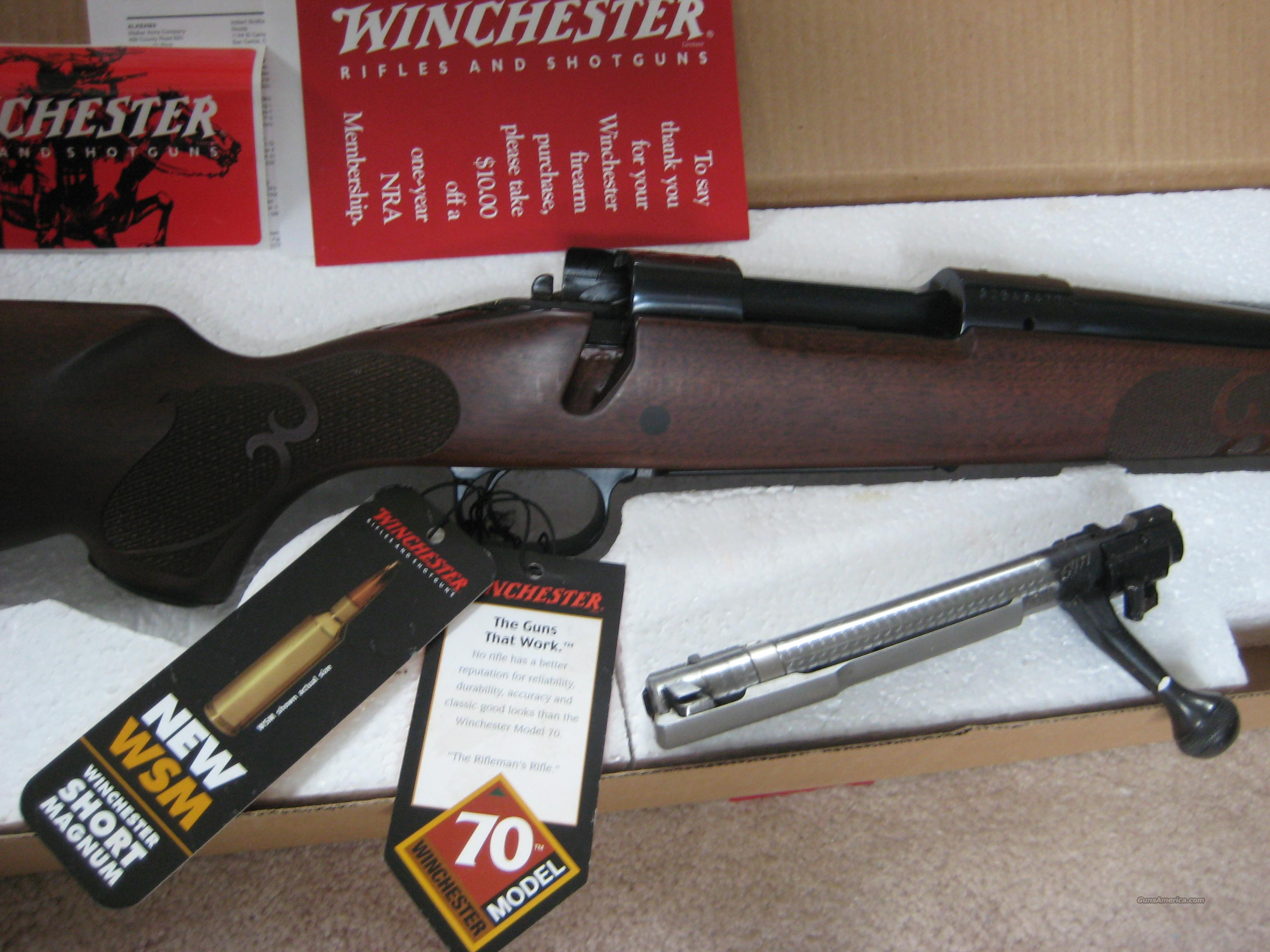NEW HAVEN MOD 70 CRF 300 WSM NIB '05 Conn USA  Guns > Rifles > Winchester Rifles - Modern Bolt/Auto/Single > Model 70 > Post-64