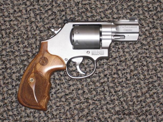 S&W 629 PERFORMANCE CENTER 2.65-INCH .44 MAGNUM, UNFLUTED CYLINDER  Guns > Pistols > Smith & Wesson Revolvers > Performance Center