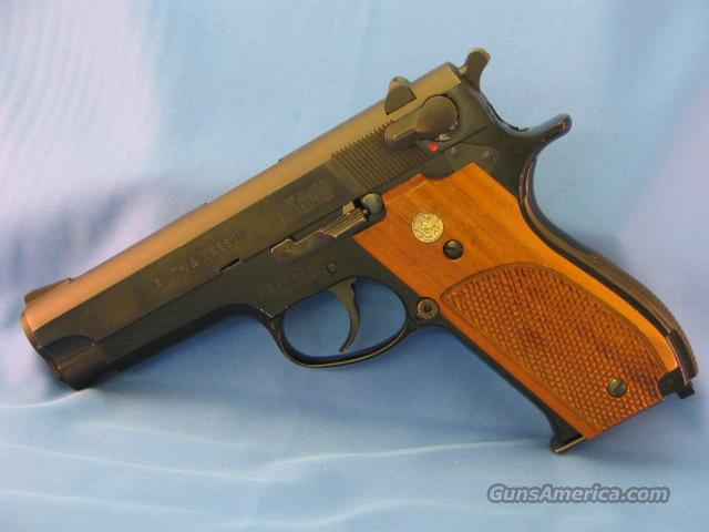 S&W 439  Guns > Pistols > Smith & Wesson Pistols - Autos > Alloy Frame
