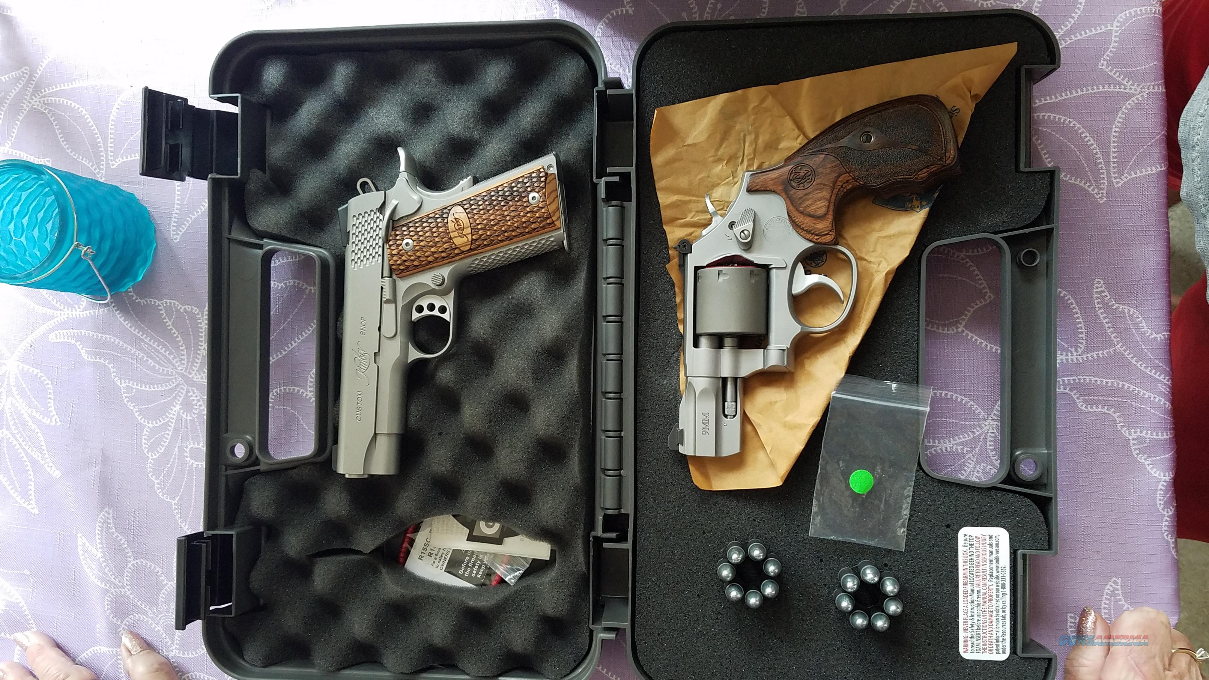986 9mm revolver shot once ! MAKE AN OFFER   Guns > Pistols > Smith & Wesson Revolvers > Performance Center