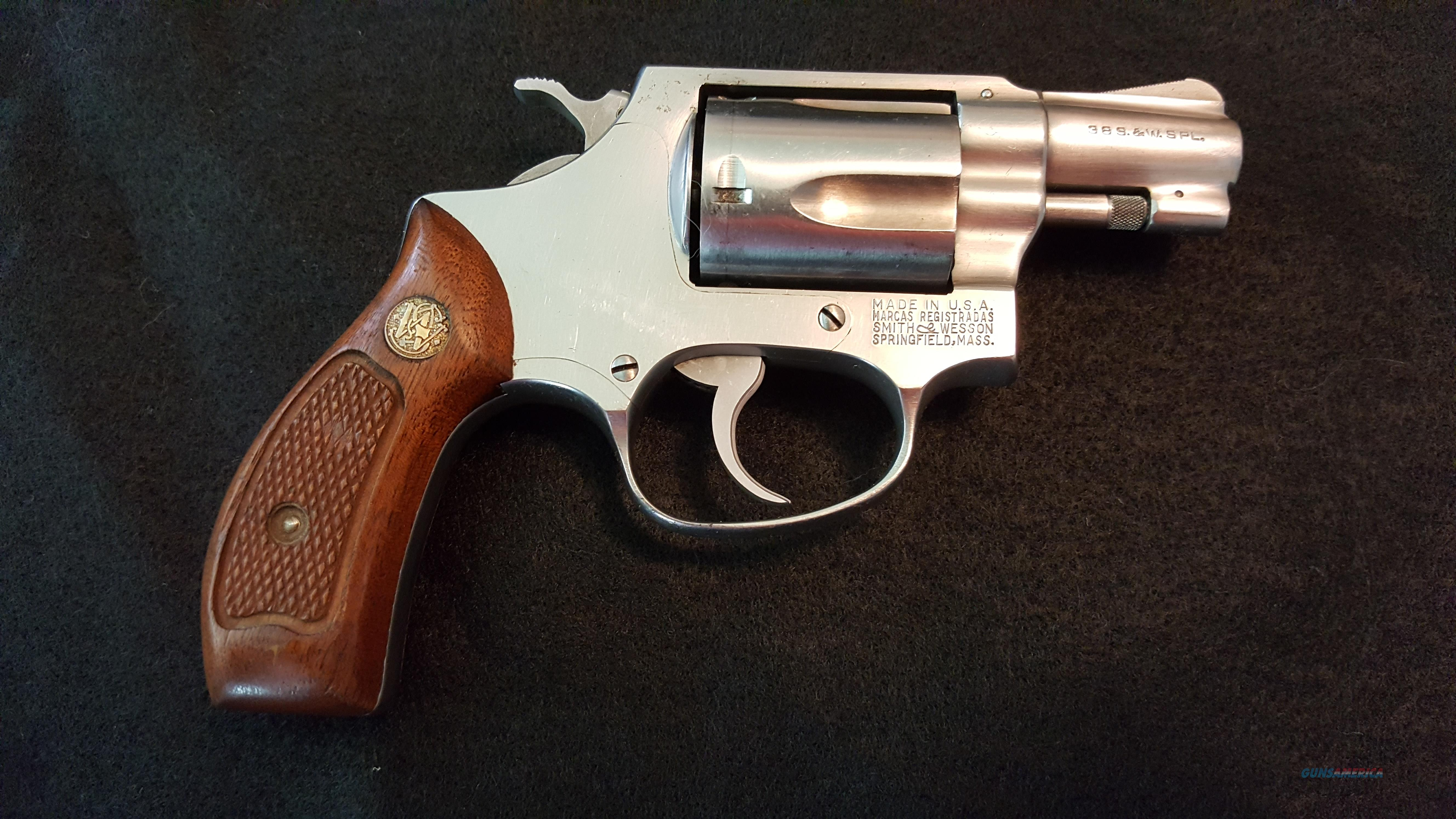Smith & Wesson Mod 60 .38 S&W Spl   Guns > Pistols > Smith & Wesson Revolvers > Small Frame ( J )