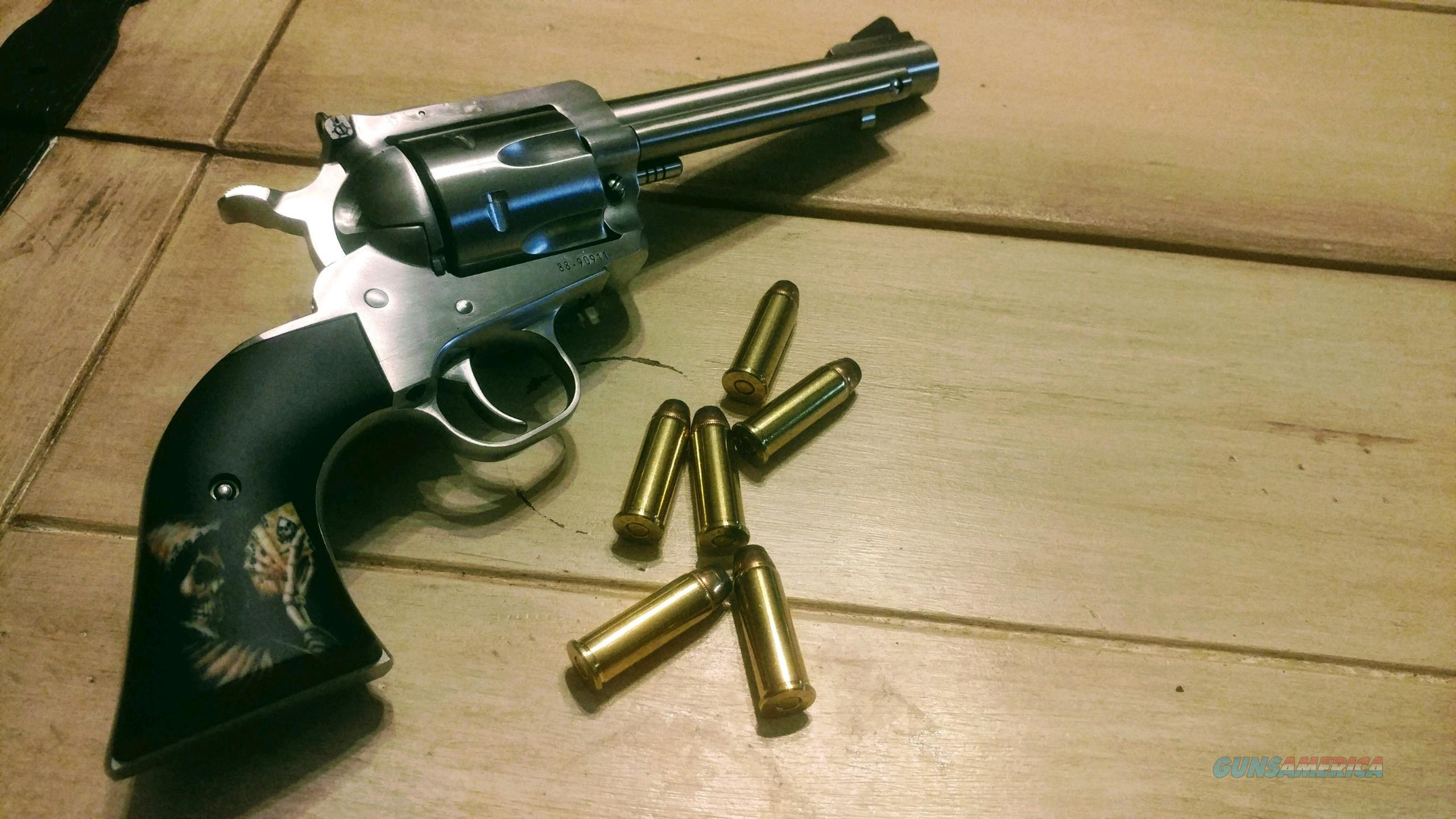 Ruger Super Blackhawk   Guns > Pistols > Ruger Single Action Revolvers > Blackhawk Type