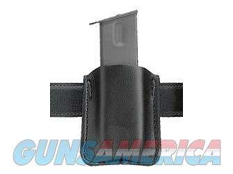 Safariland Model 81 Magazine Pouch, Single Magazine/Single Stack, Black 81-18-2  Non-Guns > Holsters and Gunleather > Other