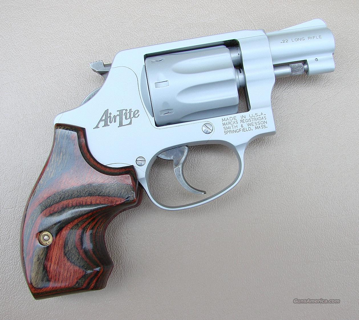 Smith & Wesson Model 317 AirLite 22 Cal 12 Ounce Revolver  Guns > Pistols > Smith & Wesson Revolvers > Full Frame Revolver
