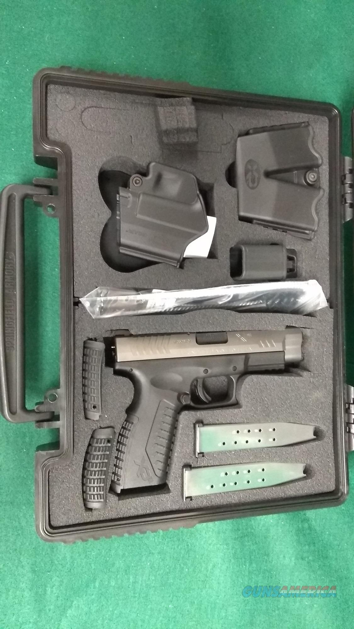 Springfield XDM45 Bi-Tone - Holster, Mag Pouch, Two Mags  Guns > Pistols > Springfield Armory Pistols > XD-M