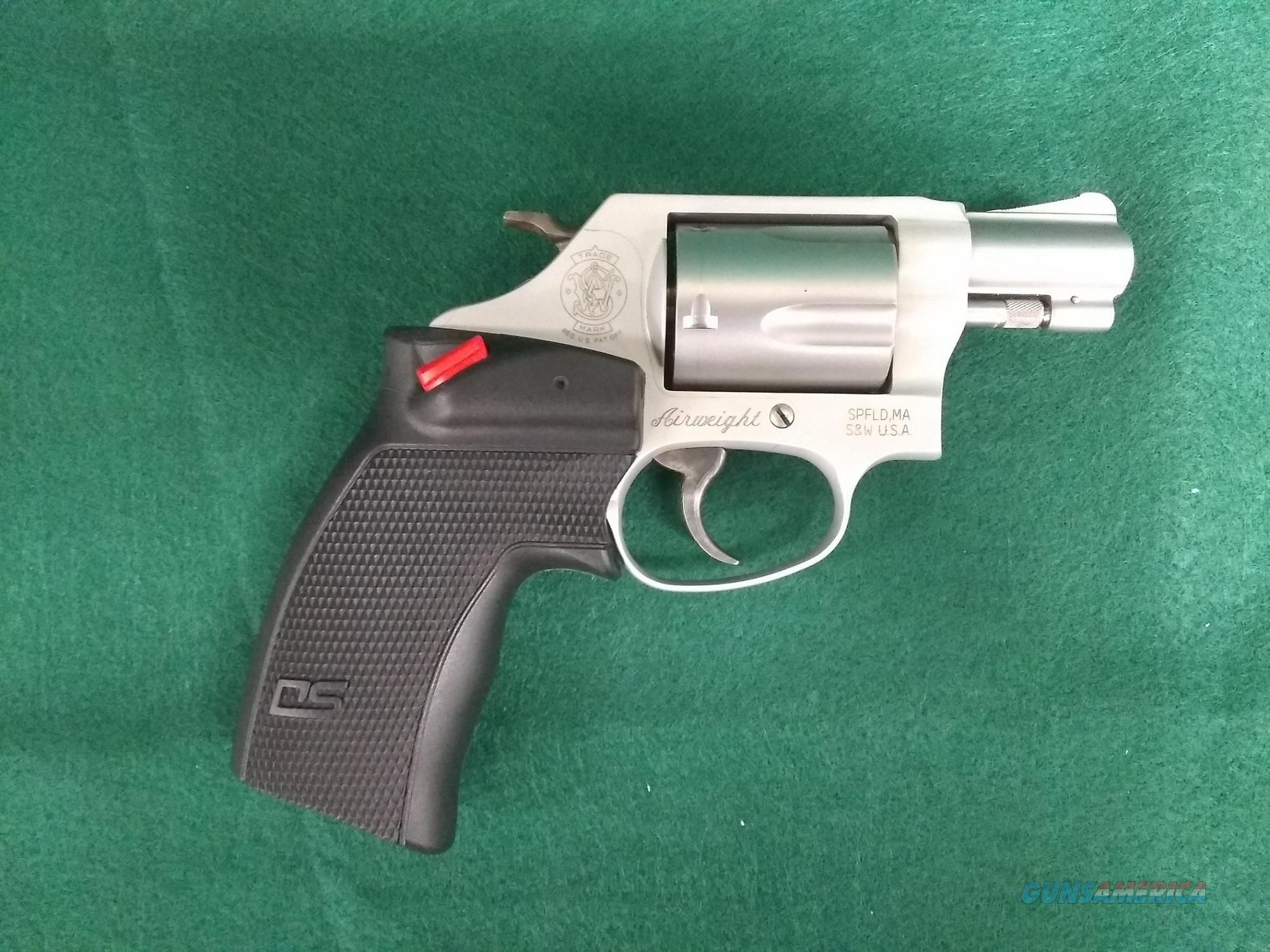 S&W 637-2 38Spl. +P with Laser Grips  Guns > Pistols > Smith & Wesson Revolvers > Small Frame ( J )