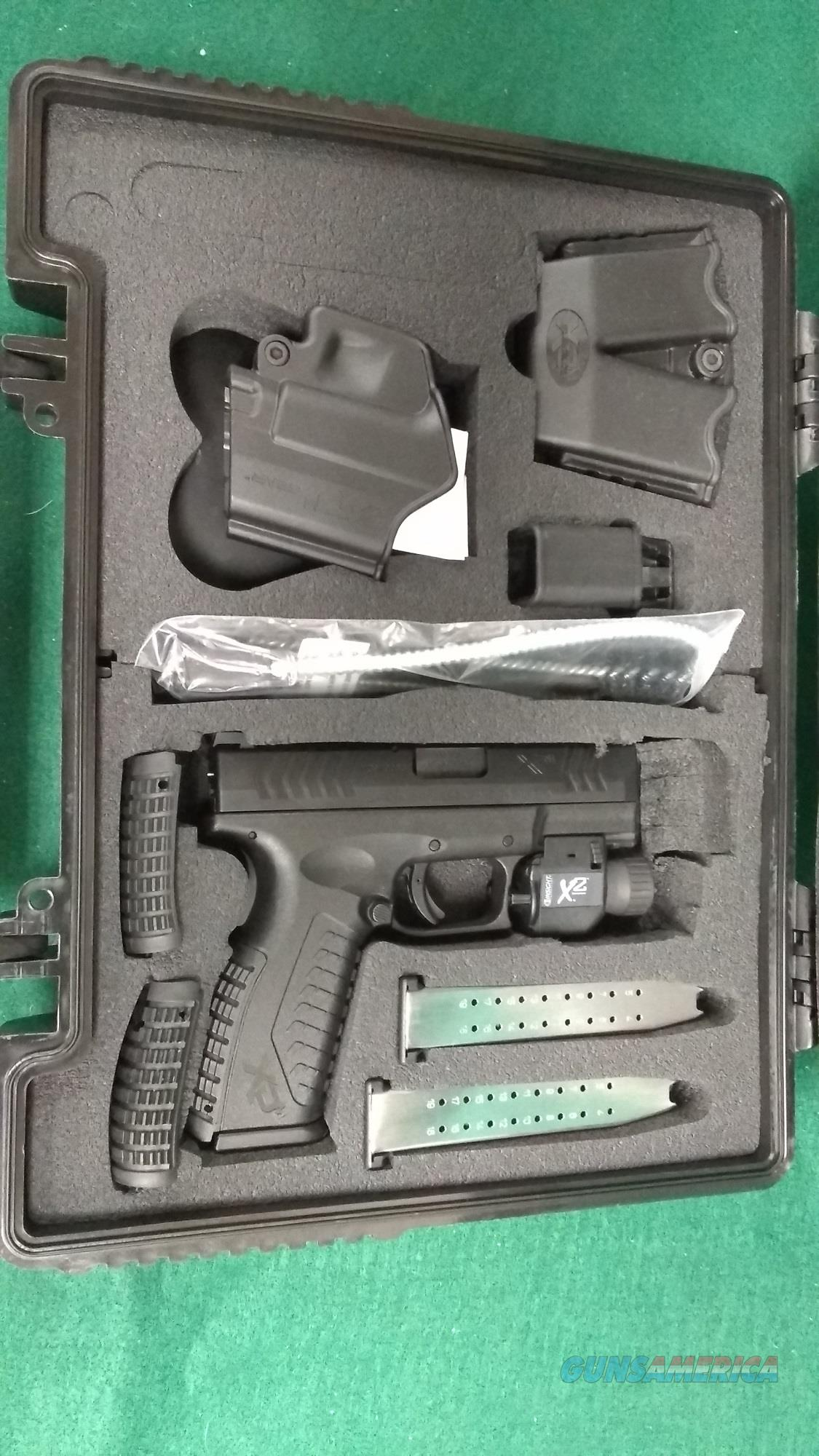 "Springfield XDM9 3.8"" 9mm - Three Mags - Weapon Light  Guns > Pistols > Springfield Armory Pistols > XD-M"