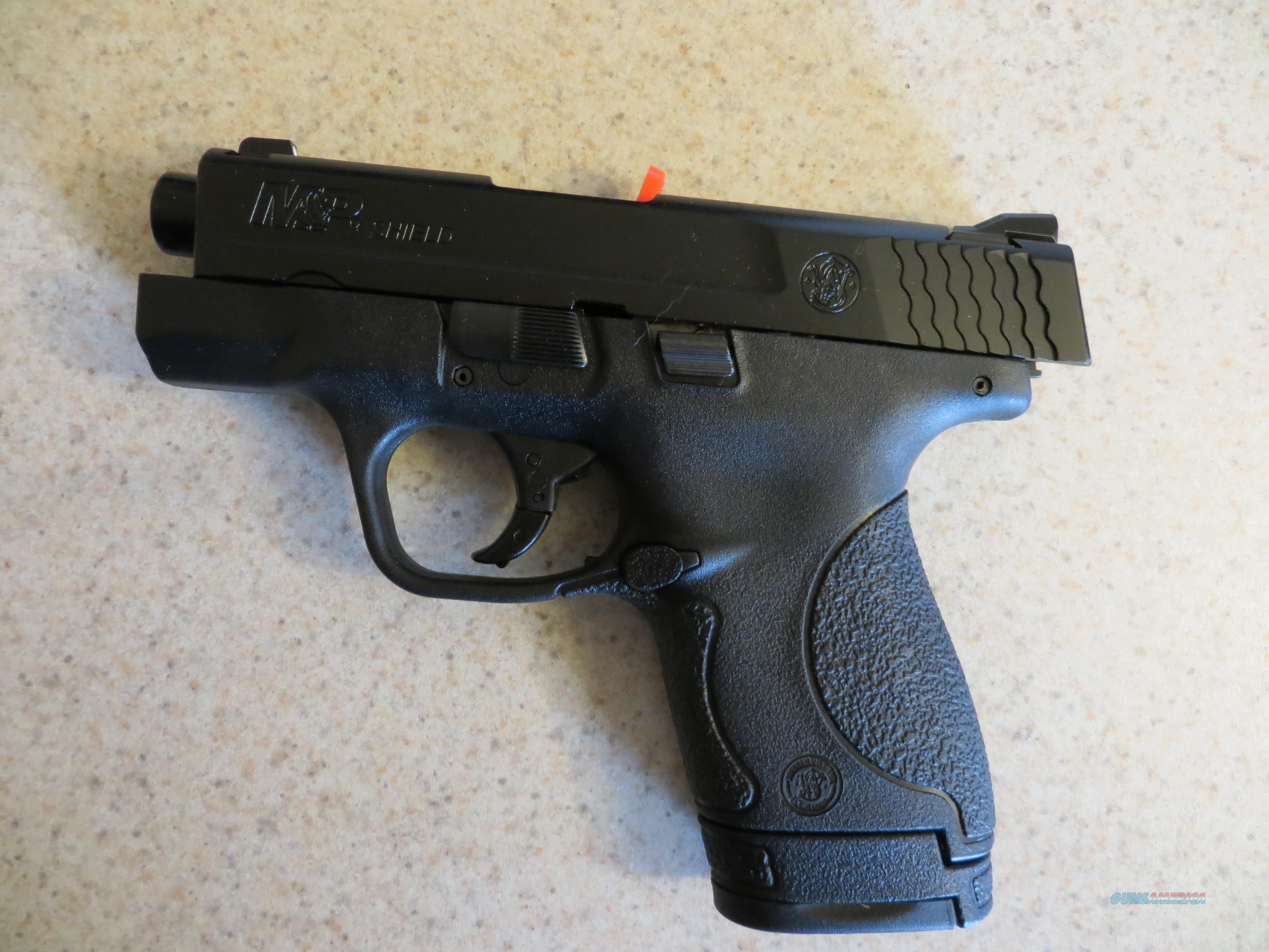 Smith & Wesson M&P 9 Shield 9mm #10035 NIB  Guns > Pistols > Smith & Wesson Pistols - Autos > Polymer Frame