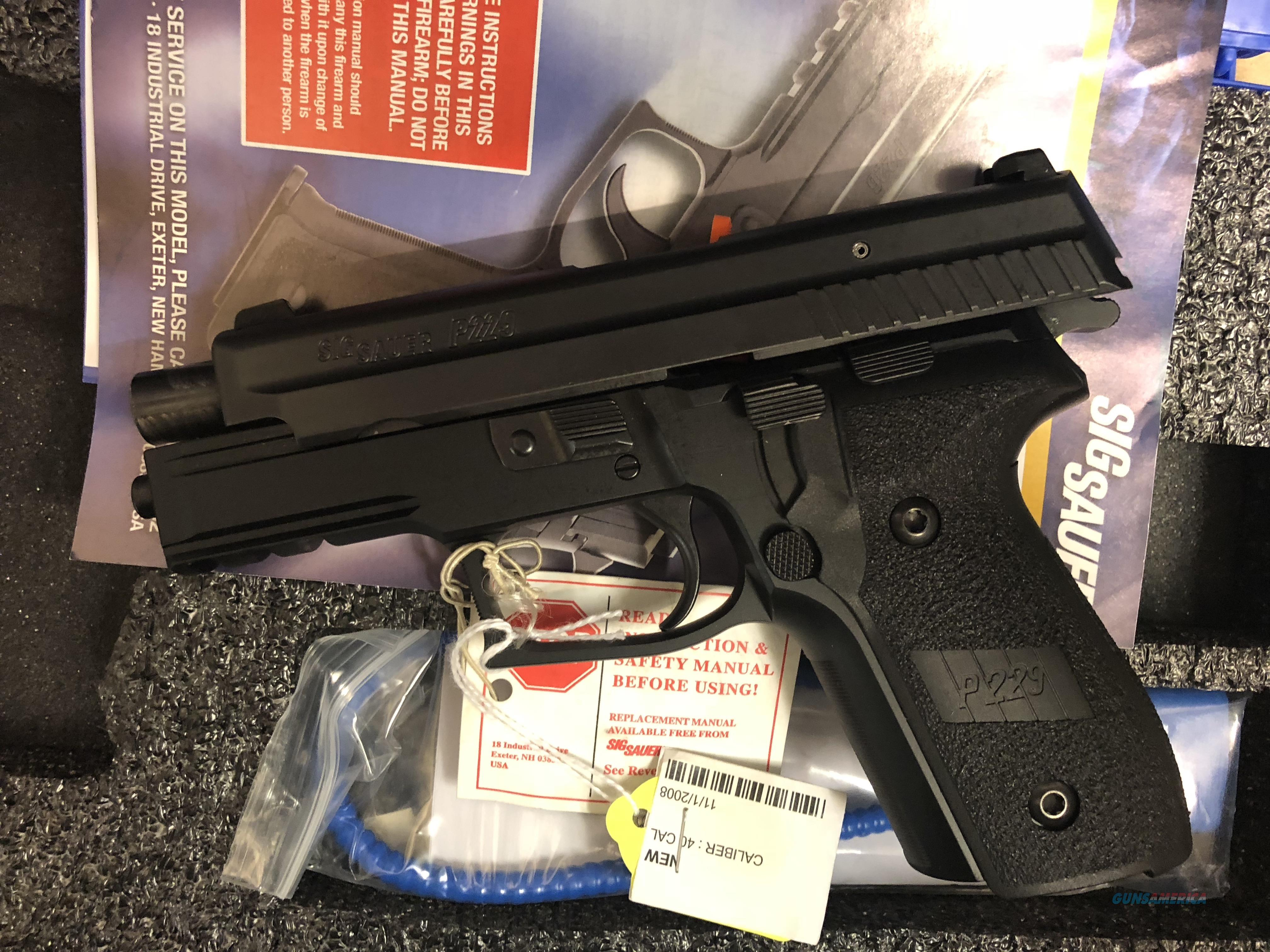 SIG SAUER P229 NIB 40 S&W  Guns > Pistols > Sig - Sauer/Sigarms Pistols > P229
