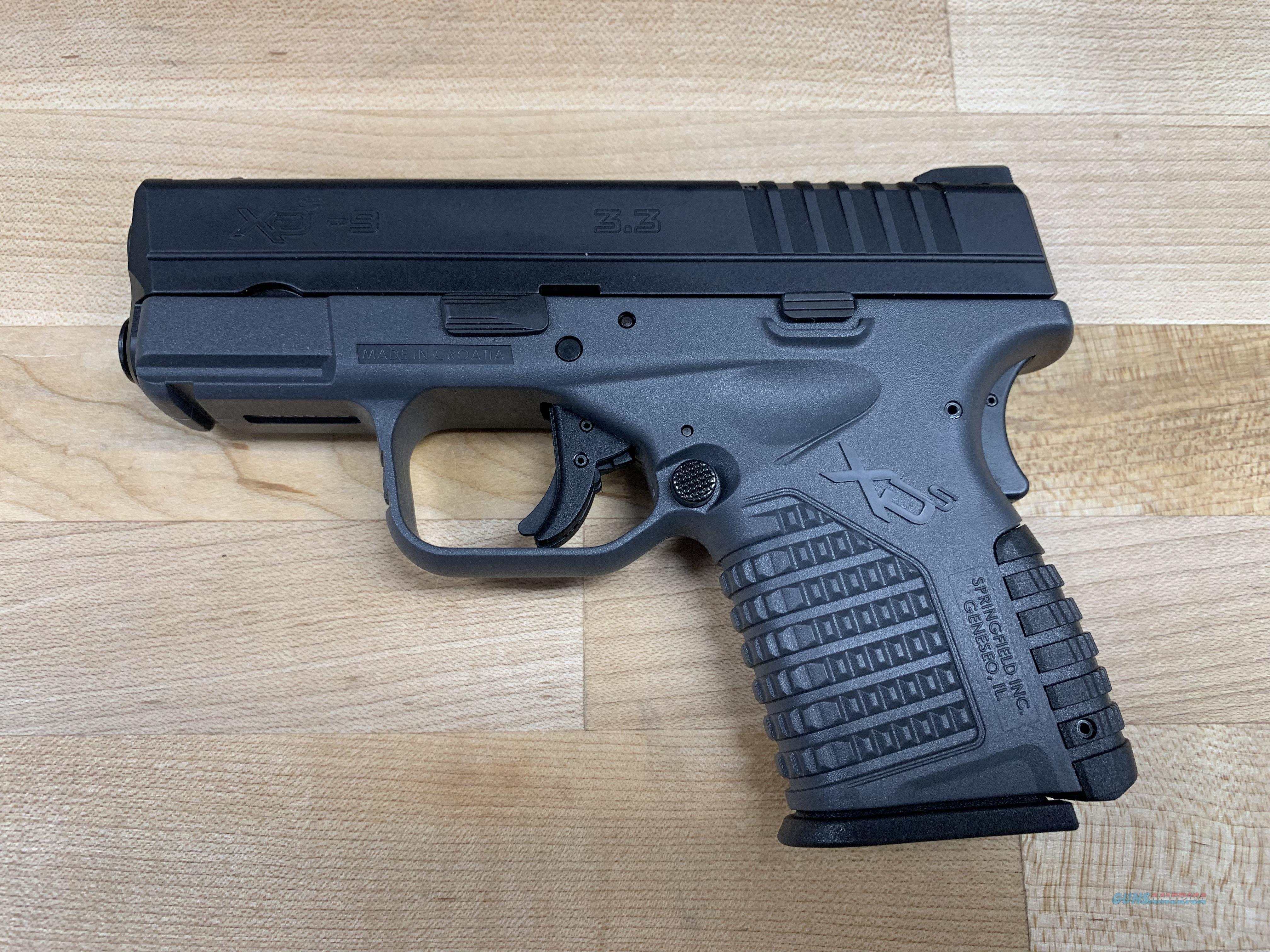 Springfield Armory XDS9339YE XD-S 9mm Black Interchangeable Backstrap/Gray Frame Black Melonite Slide  Guns > Pistols > Springfield Armory Pistols > XD-S