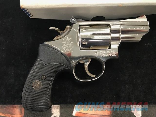 Smith and Wesson 19-3 .357 mag  2.5 inch barrel   Guns > Pistols > Smith & Wesson Revolvers > Full Frame Revolver