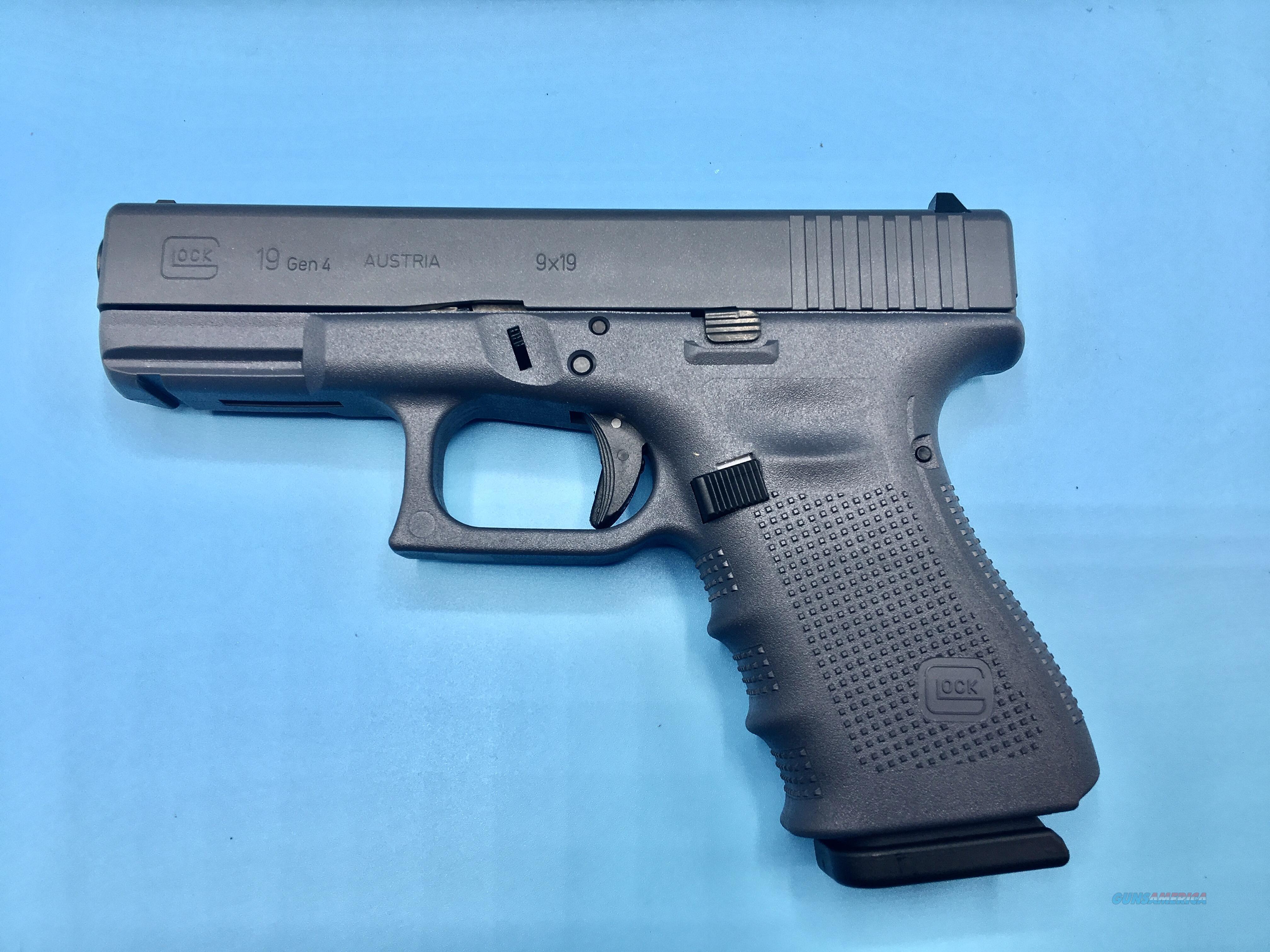 Glock 19 Gen 4 Gray 9mm Handgun Pistol NEW  Guns > Pistols > Glock Pistols > 19