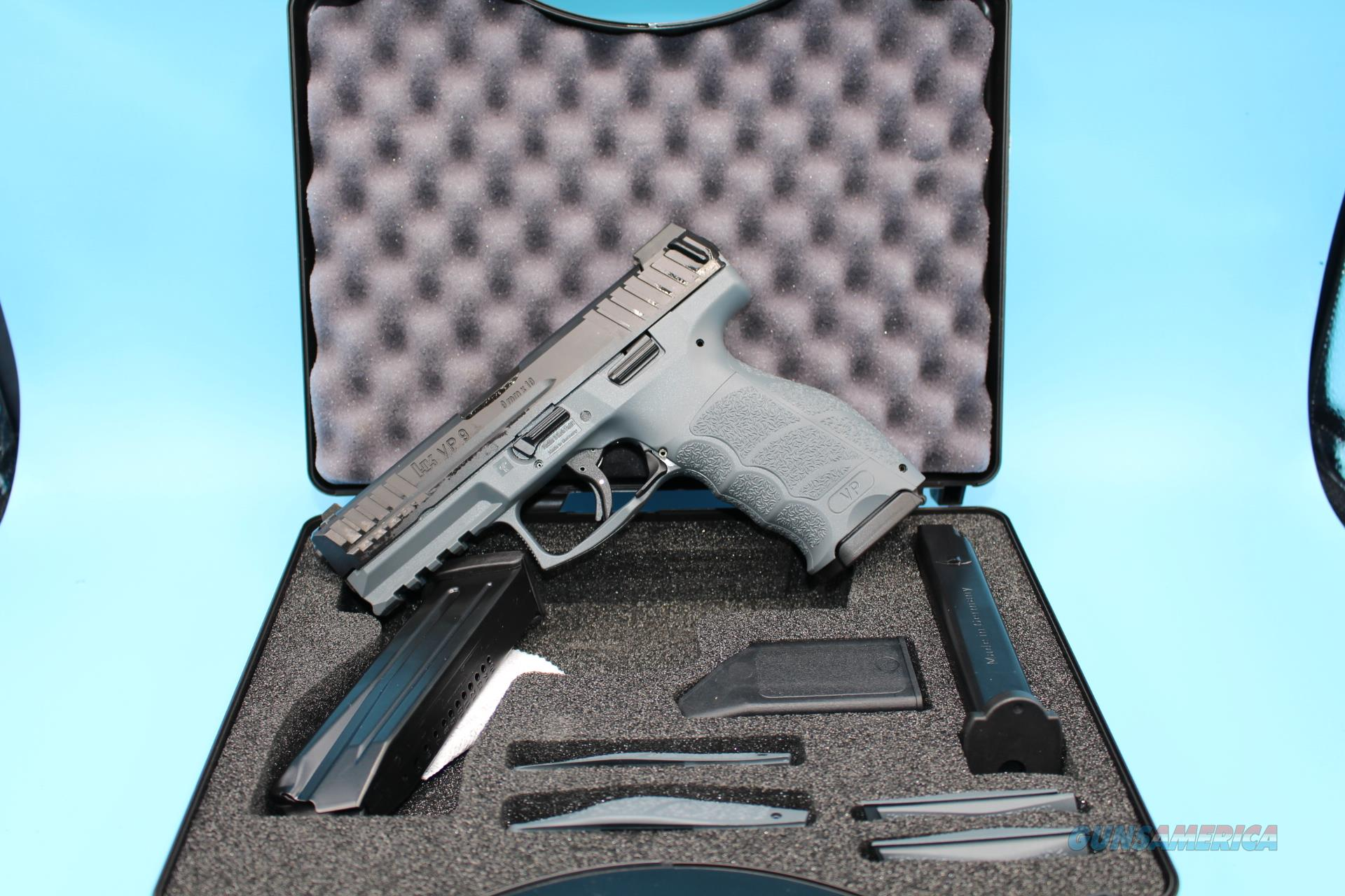 H&K VP 9 Grey 9mm Handgun Night Sights  Guns > Pistols > Heckler & Koch Pistols > Polymer Frame