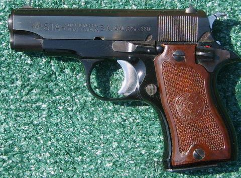 Star DK Model Semi Automatic Pistol .380 Cal.  Guns > Pistols > Star Pistols
