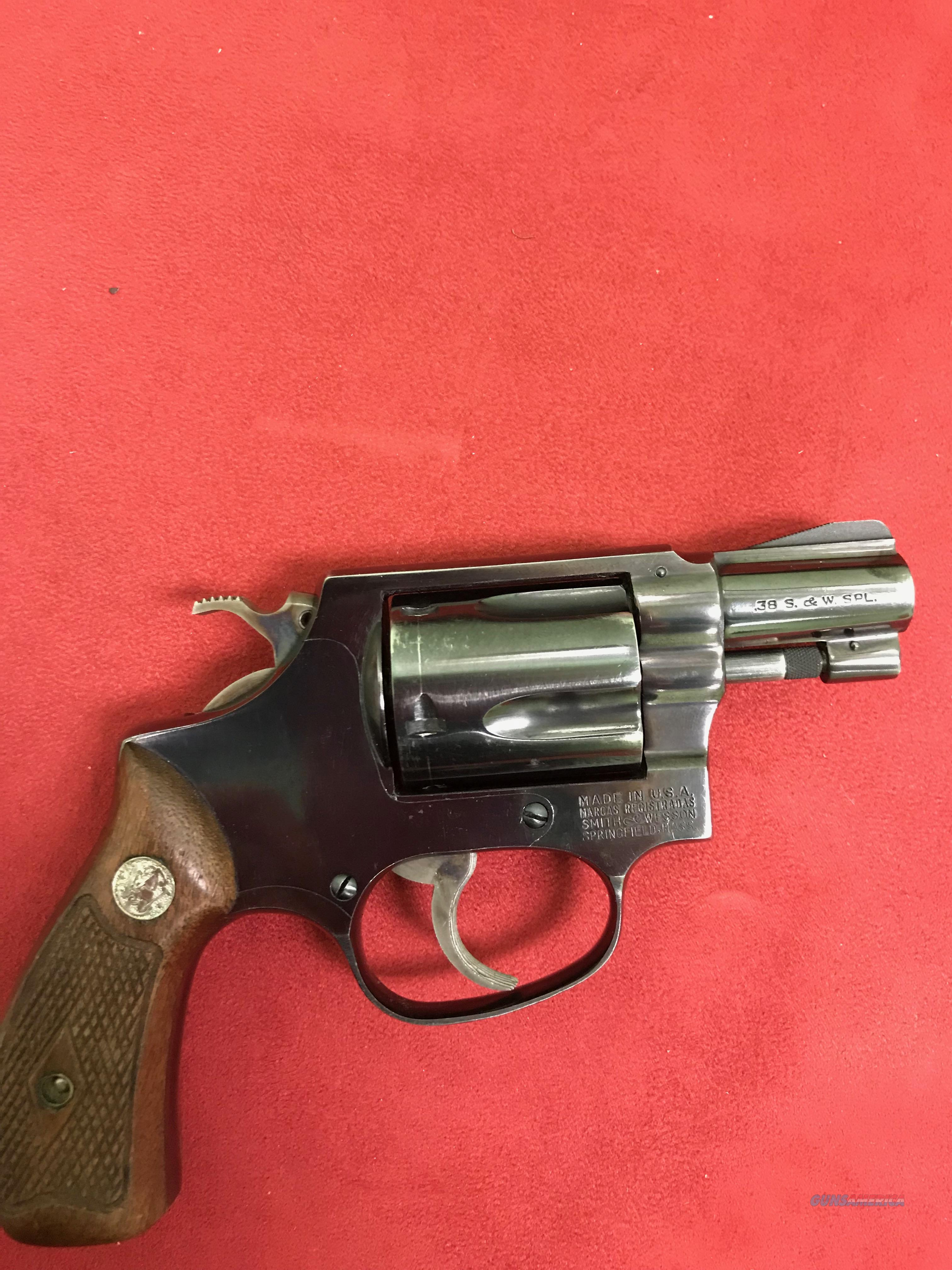 Smith & Wesson Model 36 38 spl  Guns > Pistols > Smith & Wesson Revolvers > Small Frame ( J )