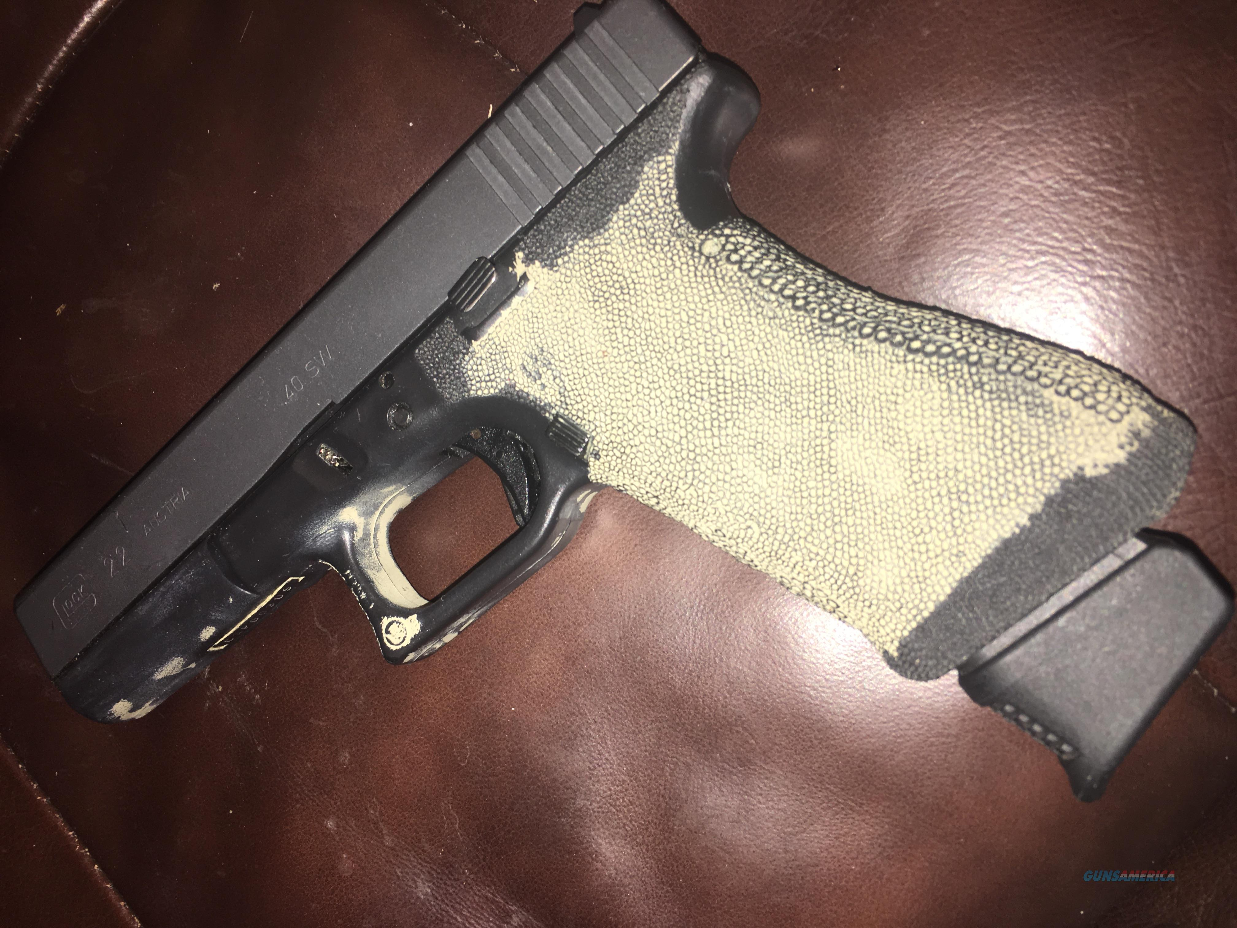 Custom Glock 22 COYOTE STIPPLE GRIP FIBER OPTIC SIGHT  Guns > Pistols > Glock Pistols > 22