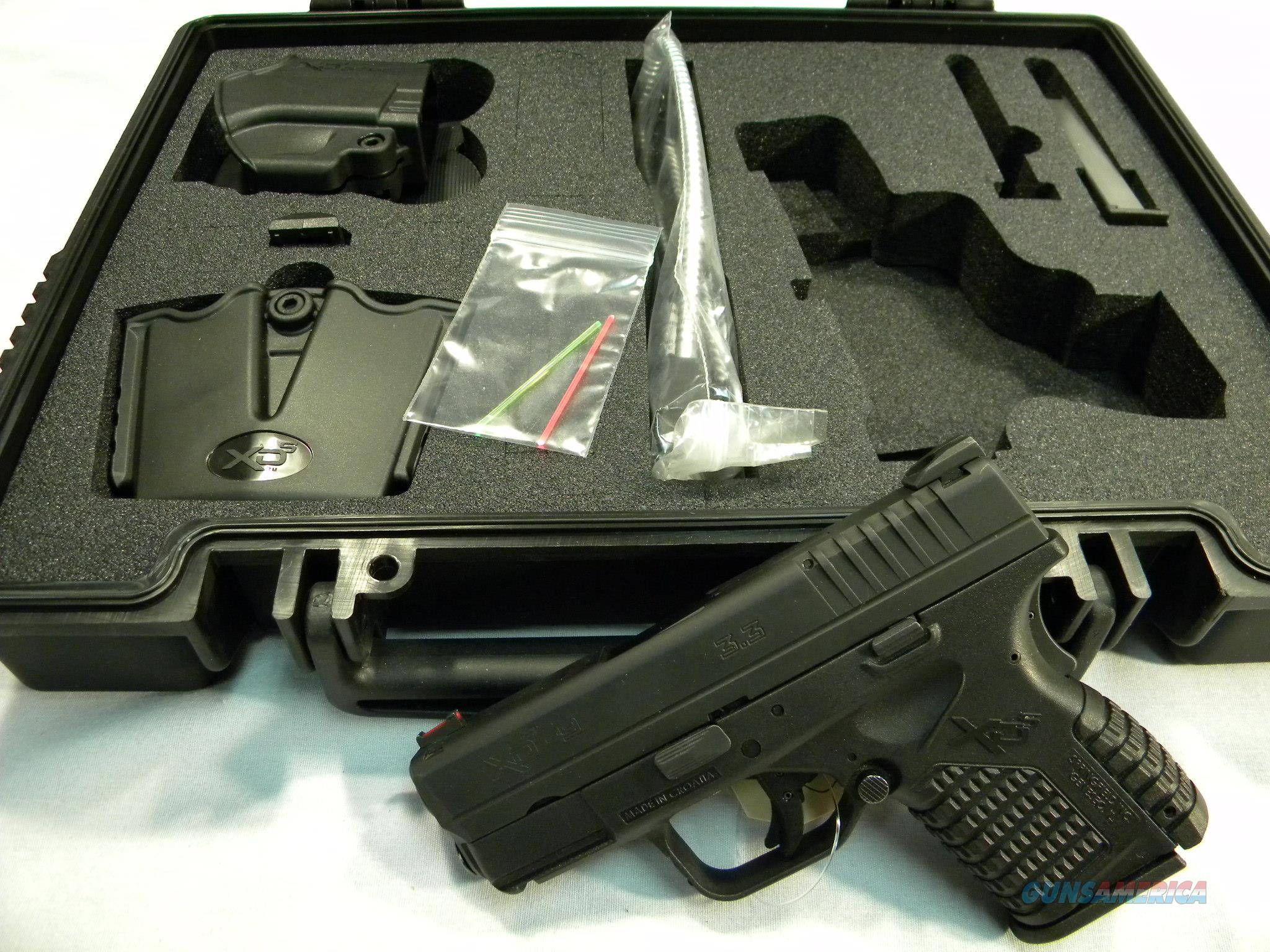 "BLOW OUT SALE!!  Springfield Armory XDS-9, 9mm, 3.3"" Barrel, With ''06 Gear''!  Guns > Pistols > Springfield Armory Pistols > XD-S"