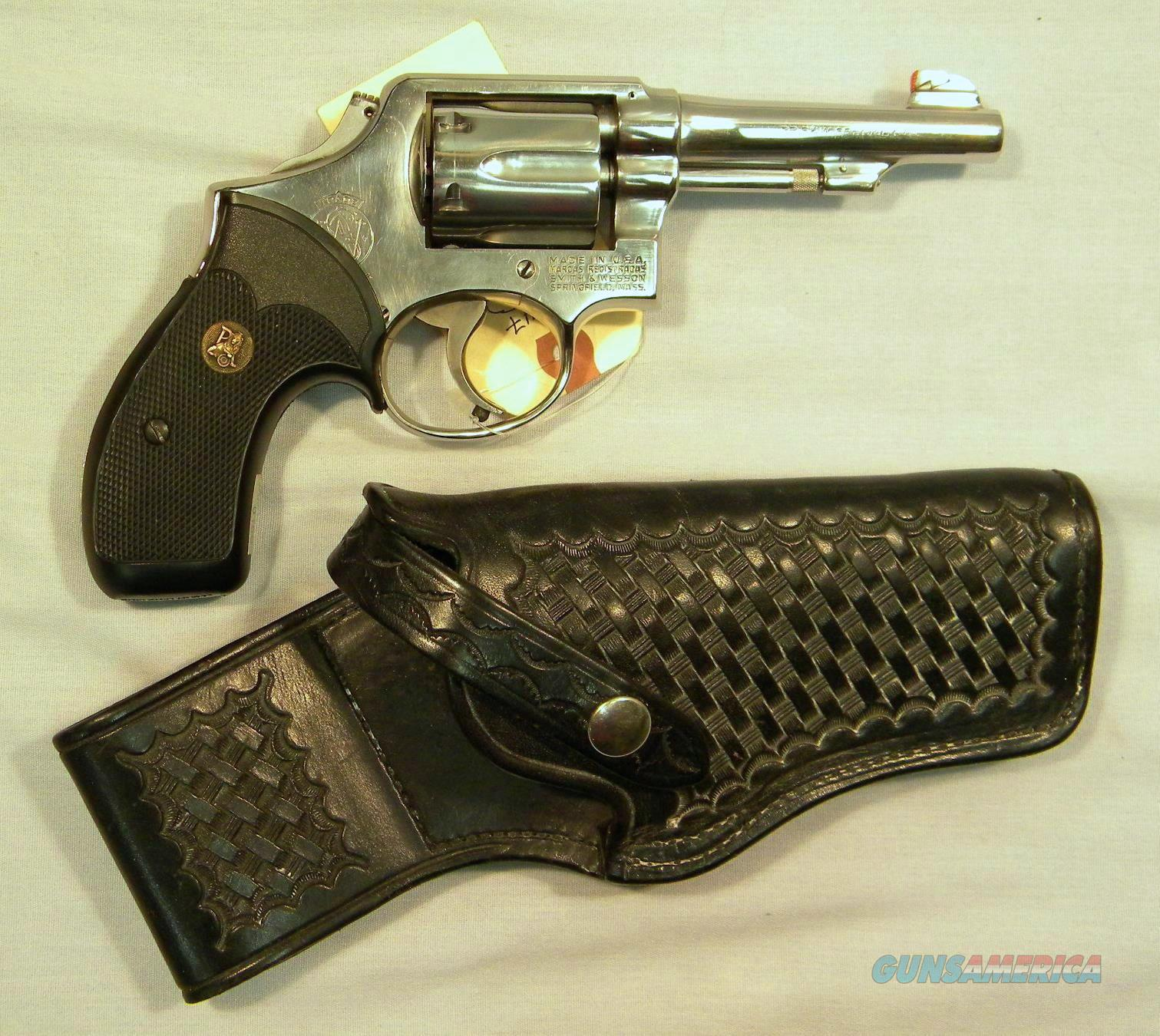 Smith & Wesson Model 64 M&P Round-Butt, Stainless 4'' .38 Special, D.A.O., With Holster  Guns > Pistols > Smith & Wesson Revolvers > Full Frame Revolver