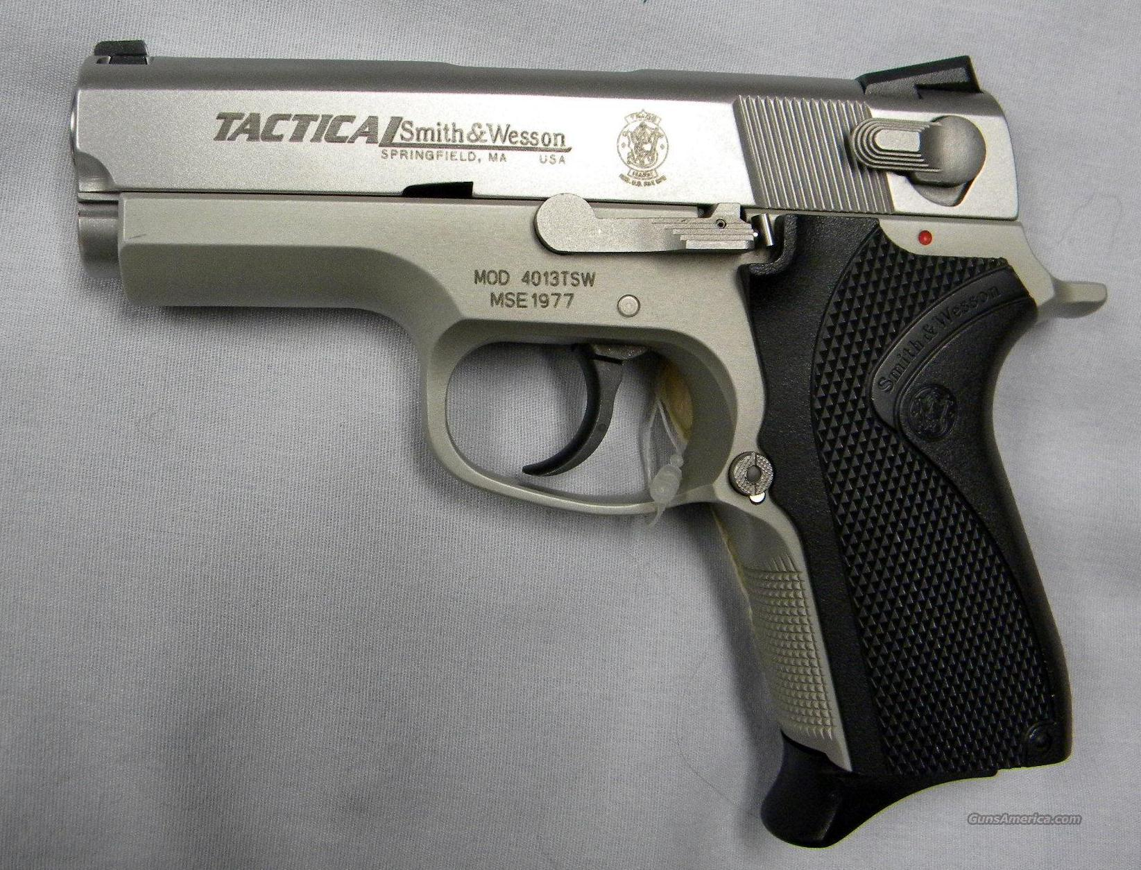 Smith and Wesson 4013 TSW .40 Cal.  Guns > Pistols > Smith & Wesson Pistols - Autos > Steel Frame