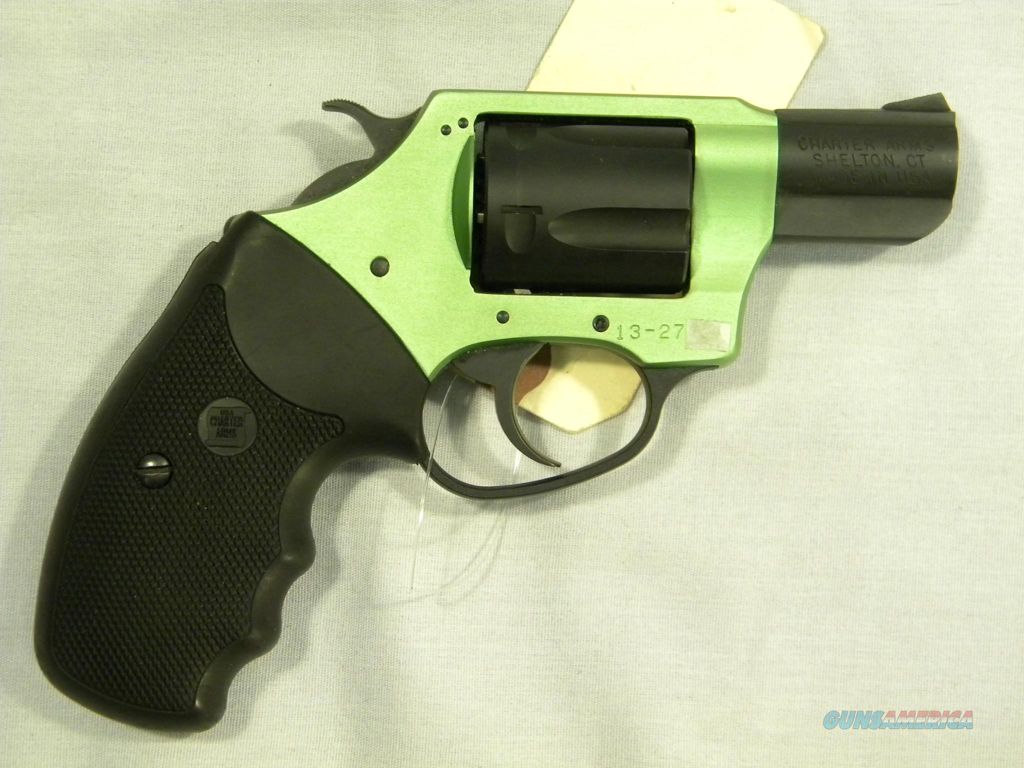 """Charter Arms 'Under-Cover Lite', .38 Special, Green """"Shamrock""""  Guns > Pistols > Charter Arms Revolvers"""