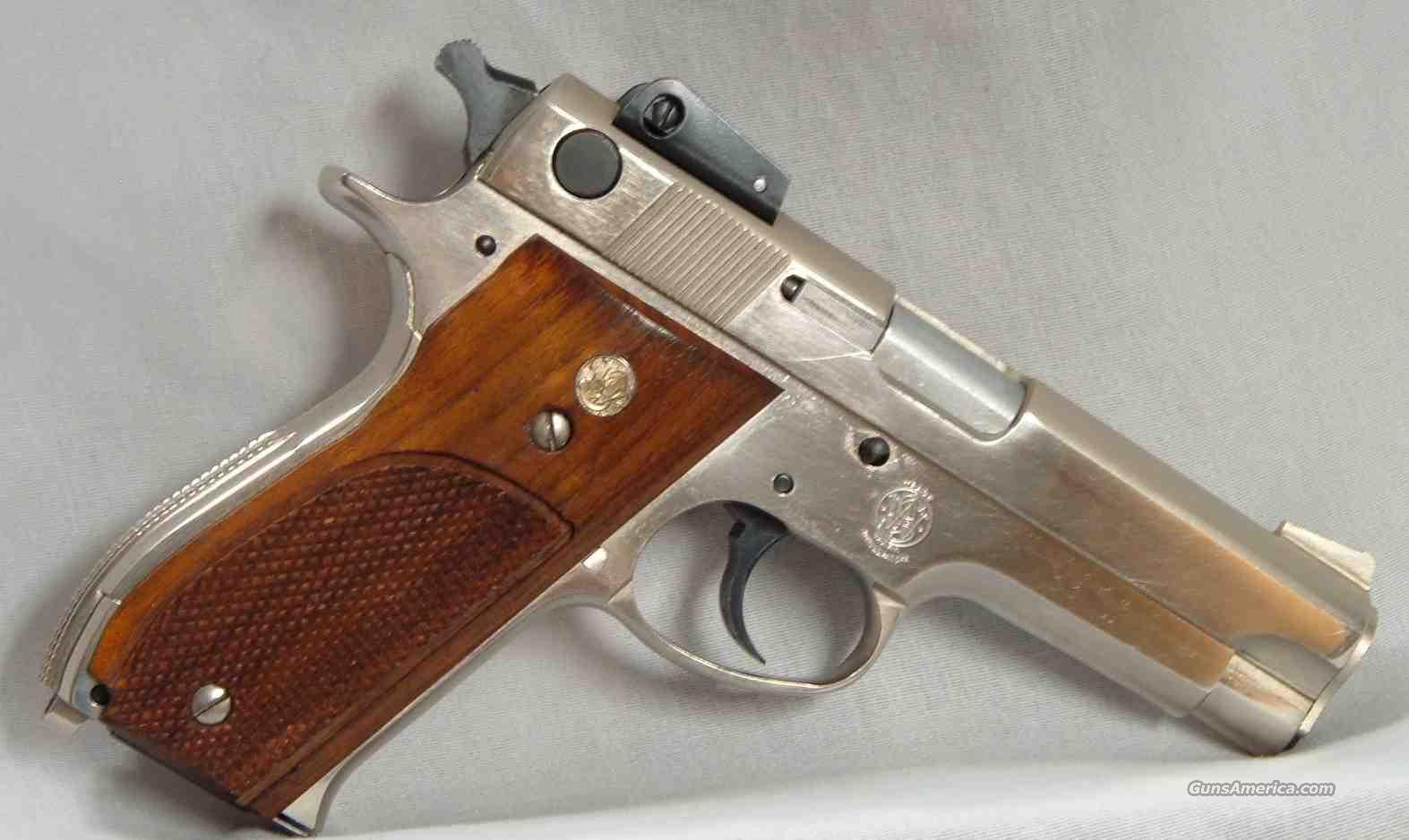 S&W 539  Guns > Pistols > Smith & Wesson Pistols - Autos > Steel Frame