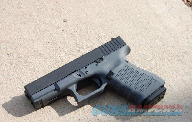 Glock 19 G4 9mm X-Werks Combat Gray Frame  Guns > Pistols > Glock Pistols > 19
