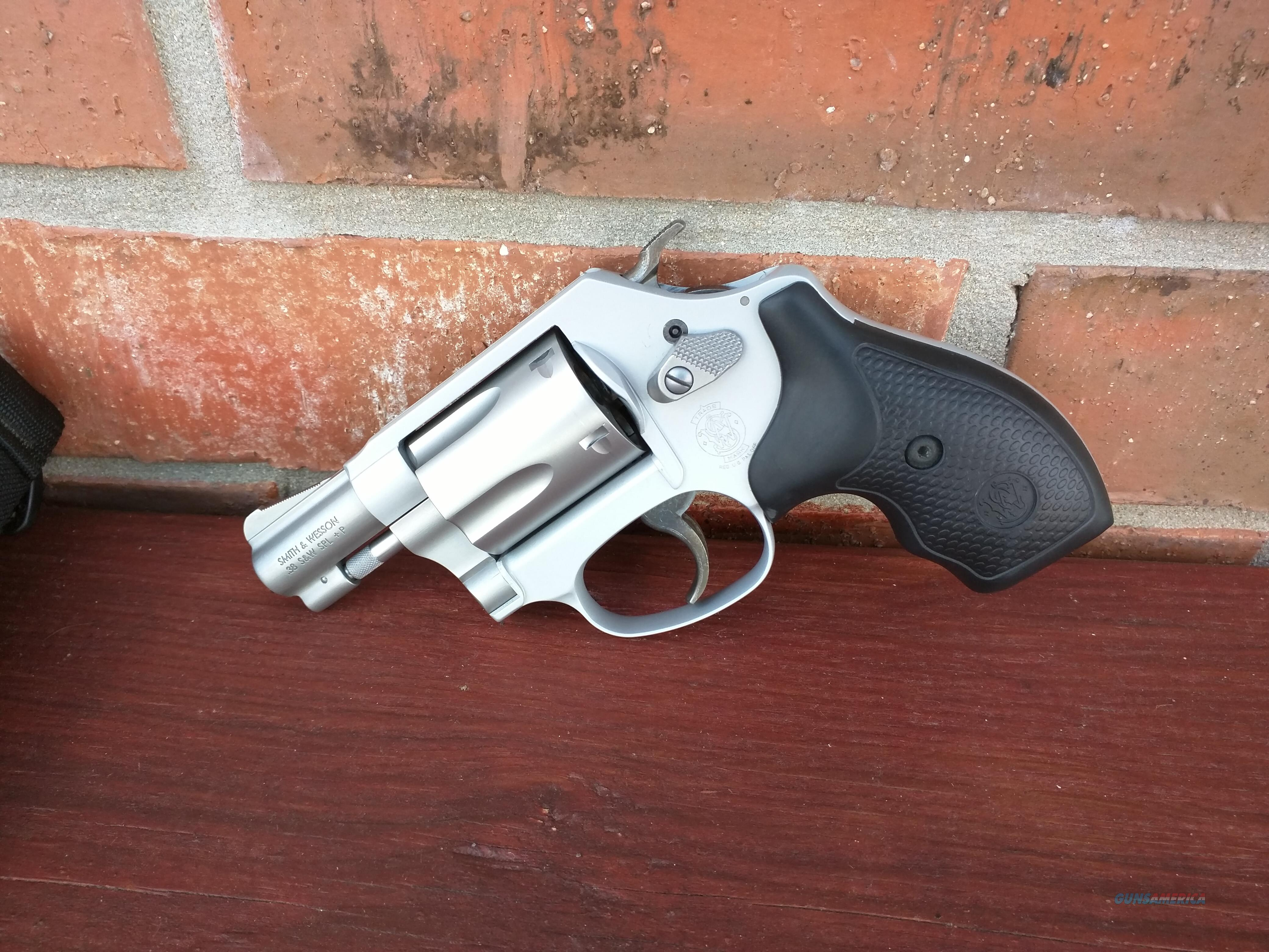 S&W Smith & Wesson 637-2 .38 Special, Airweight Revolver, 5 Shot   Guns > Pistols > Smith & Wesson Revolvers > Small Frame ( J )