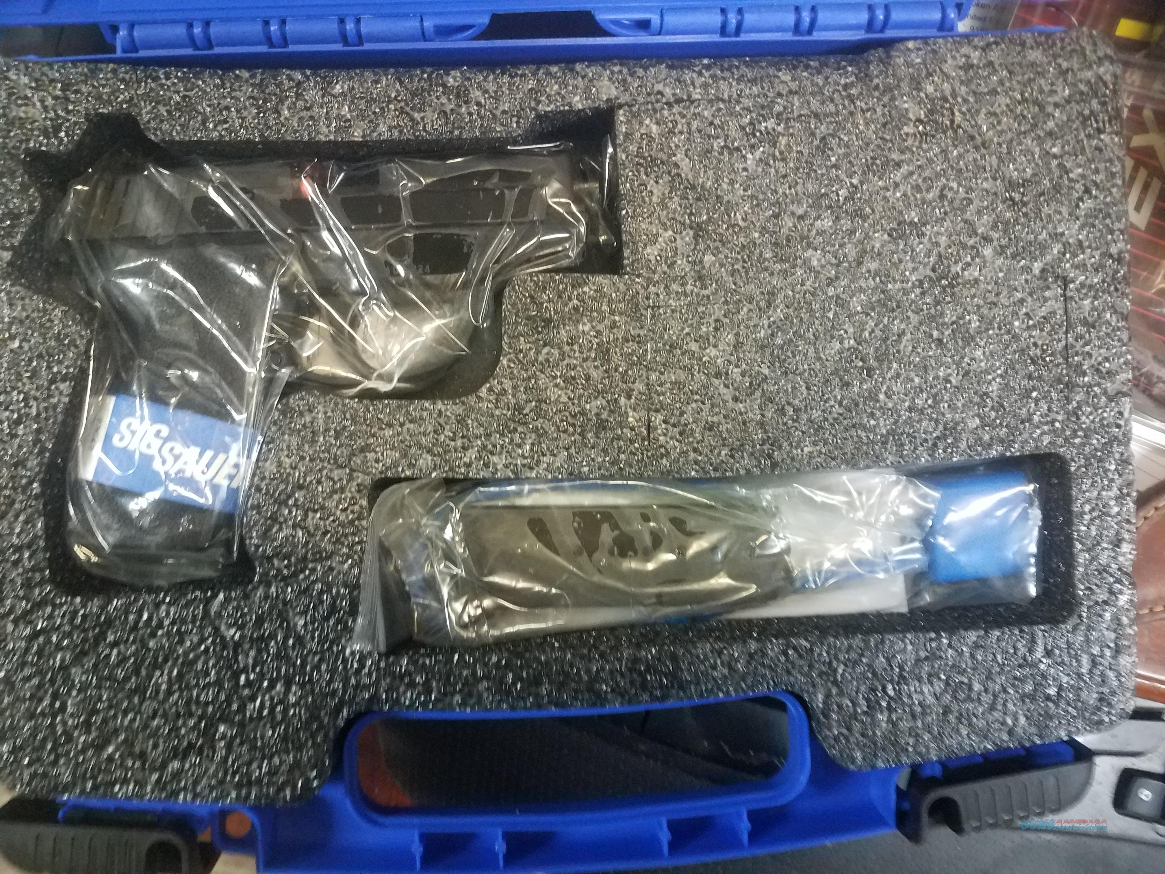Sig 239 40 S&W DA/SA NEW in the Box  Guns > Pistols > Sig - Sauer/Sigarms Pistols > P239
