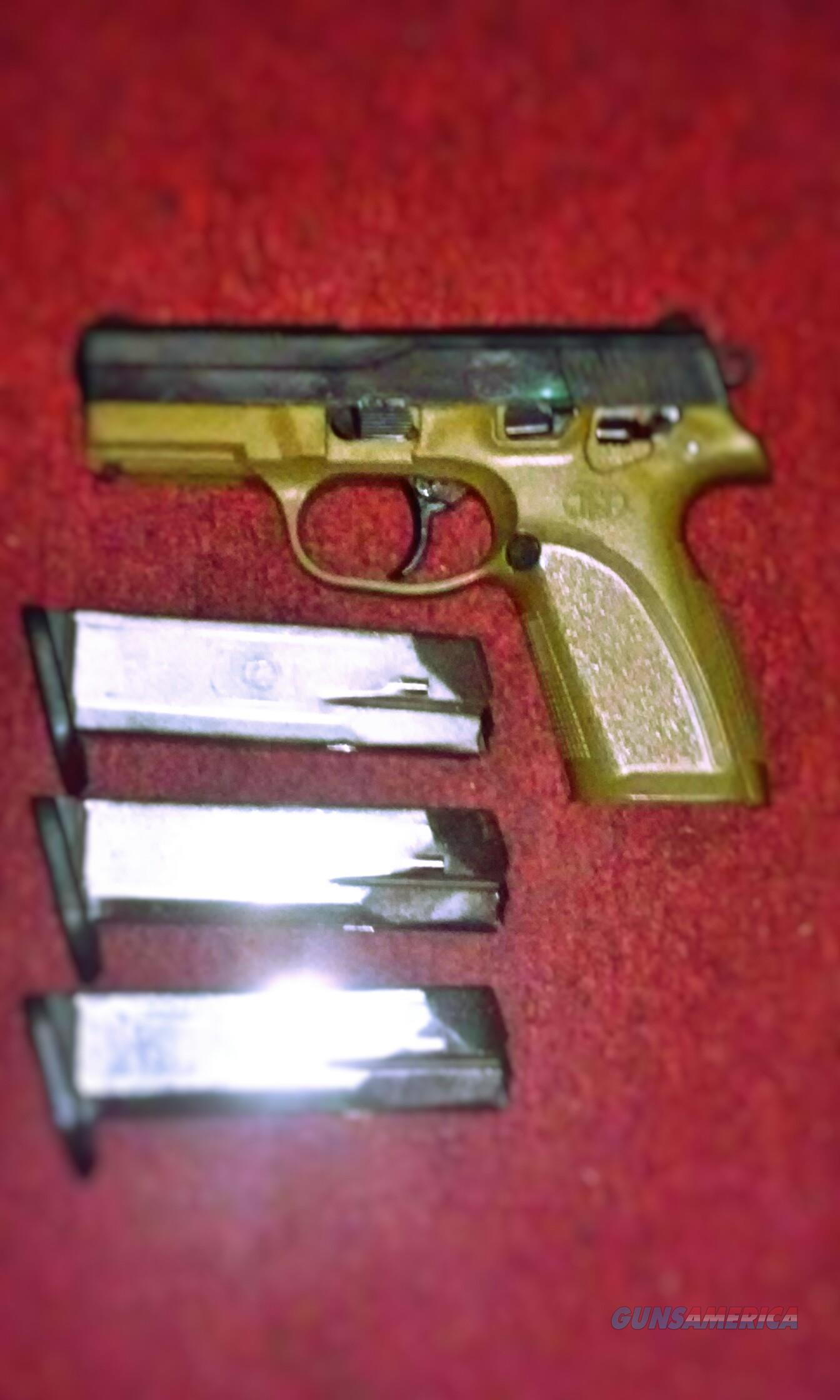 FNP-40 Pistol w/Two Holsters (Negotiable Price)  Guns > Pistols > FNH - Fabrique Nationale (FN) Pistols > FNP